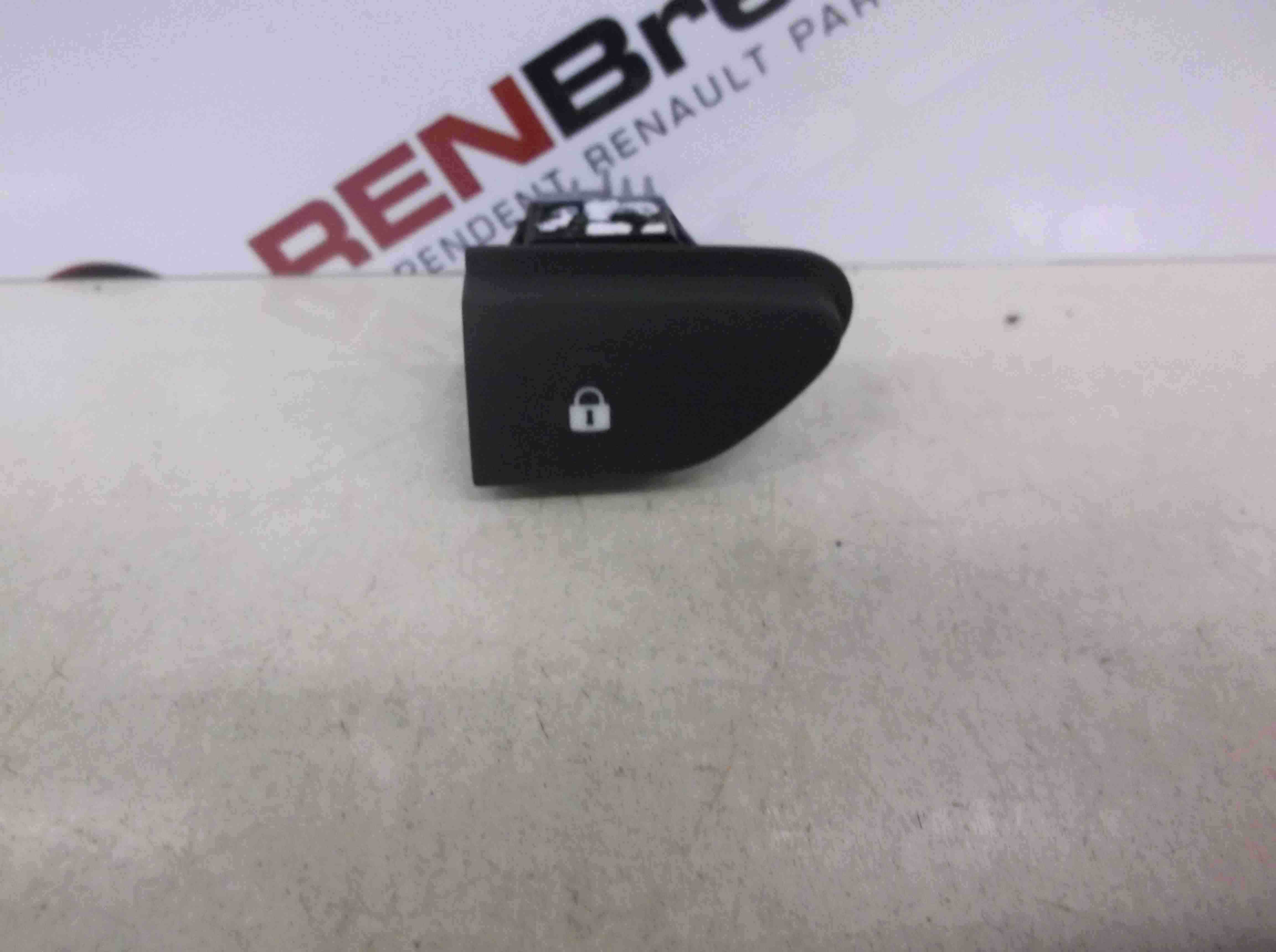 Renault Captur 2013-2015 Central Locking Switch Button