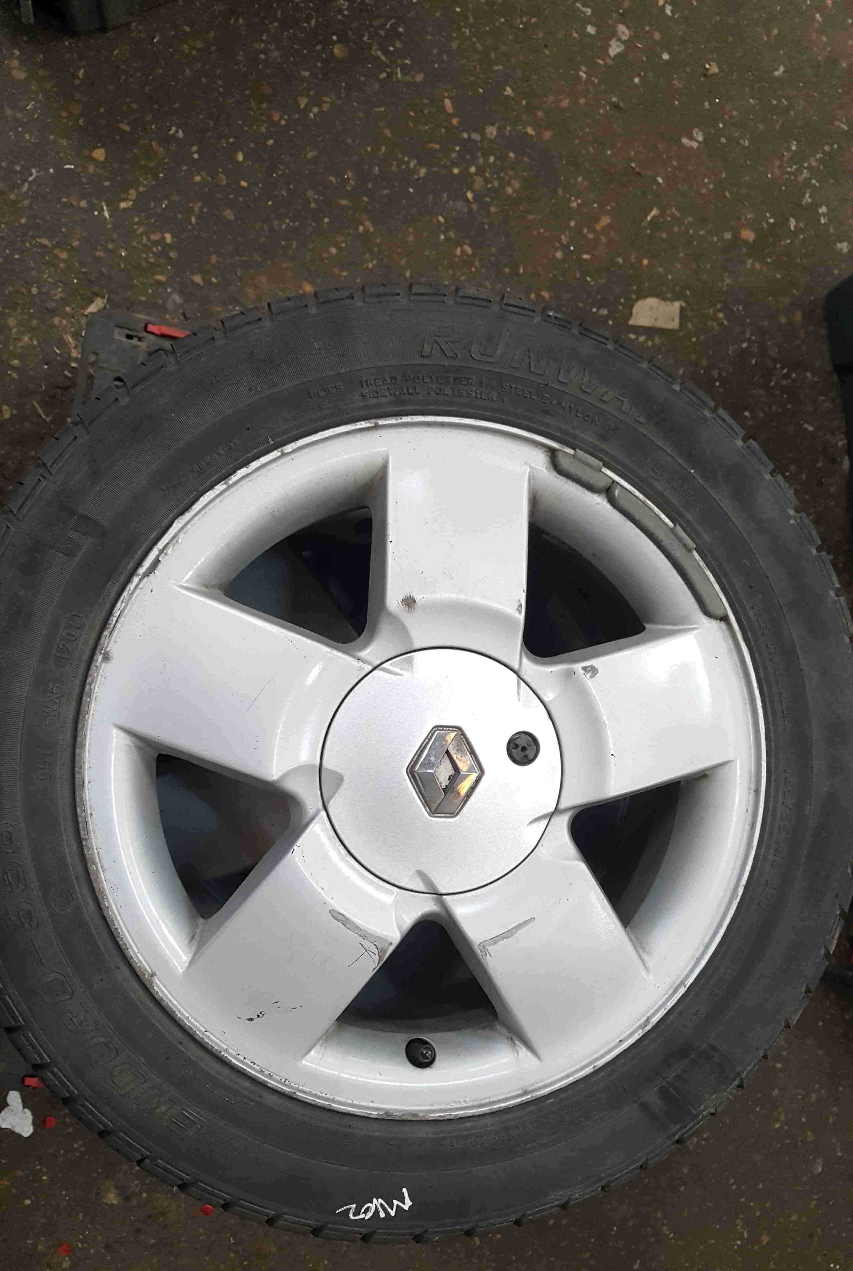 Renault Clio MK2 2001-2006 Equation Alloy Wheel 15inch + Tyre 185 55 15 6mm
