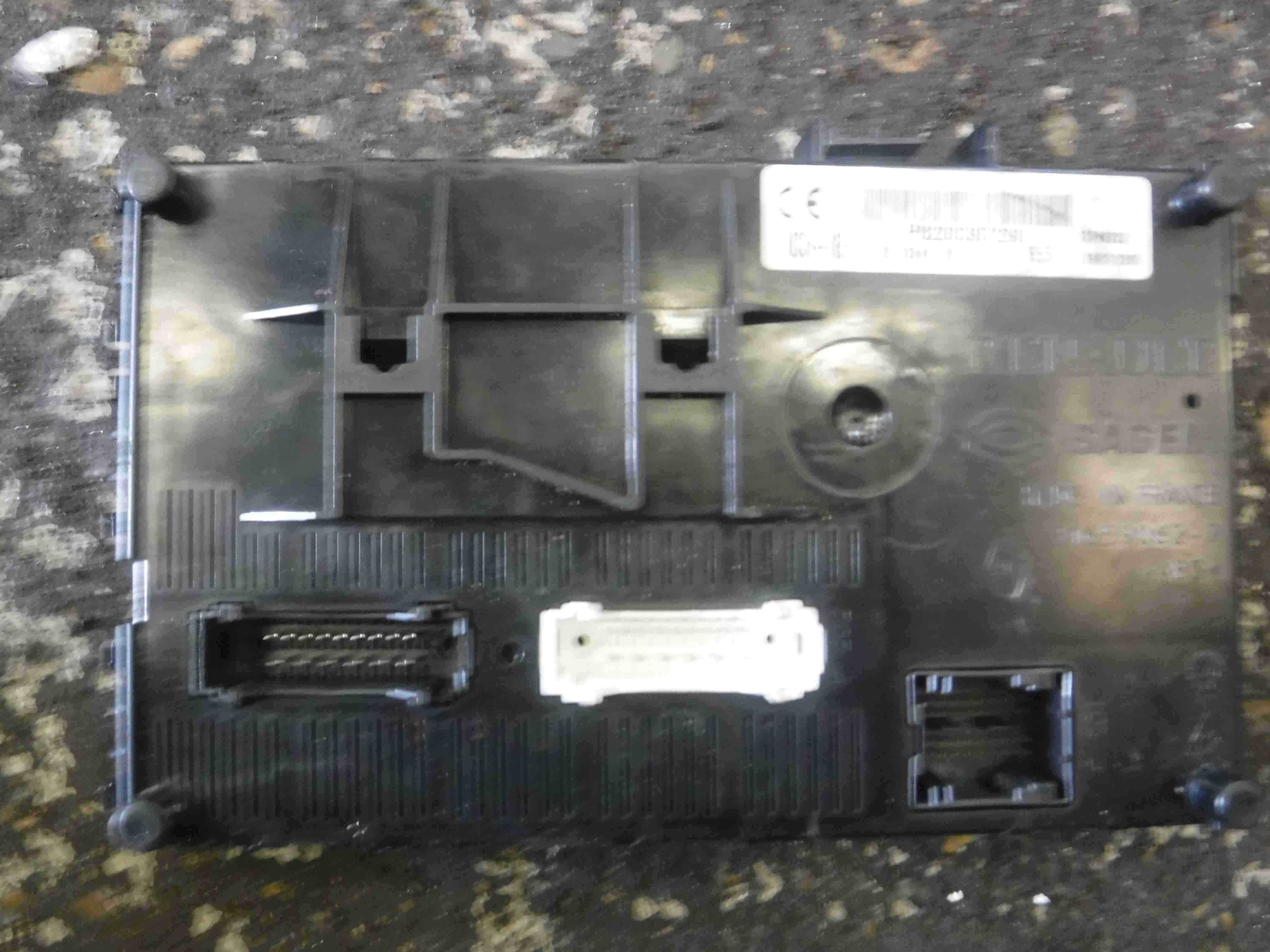 Fuse Box Renault Clio Campus : Renault clio mk n dashboard fuse box uch bcm