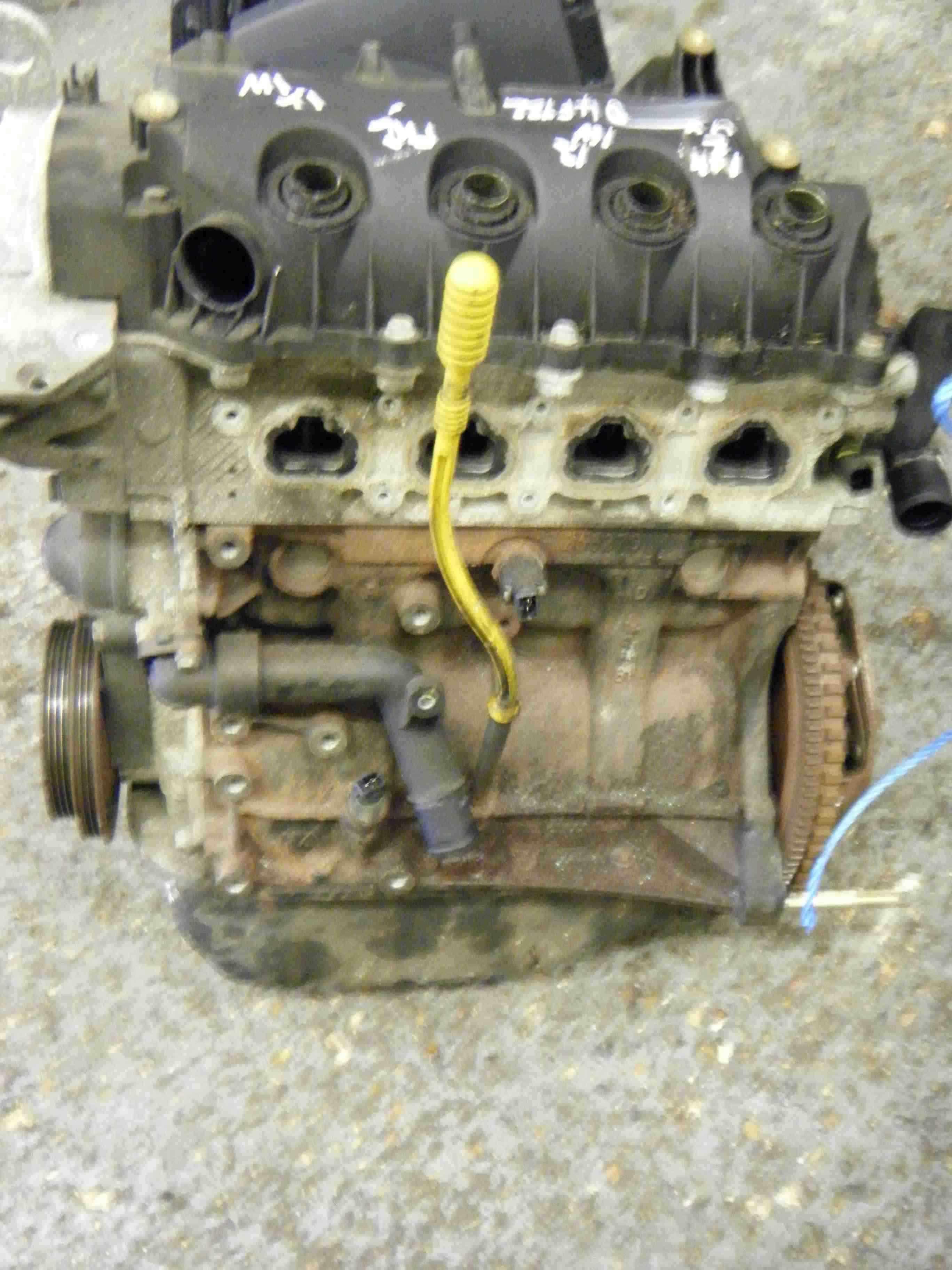 renault clio mk2 2001 2006 1 2 16v engine d4f 722 store renault breakers used renault car. Black Bedroom Furniture Sets. Home Design Ideas