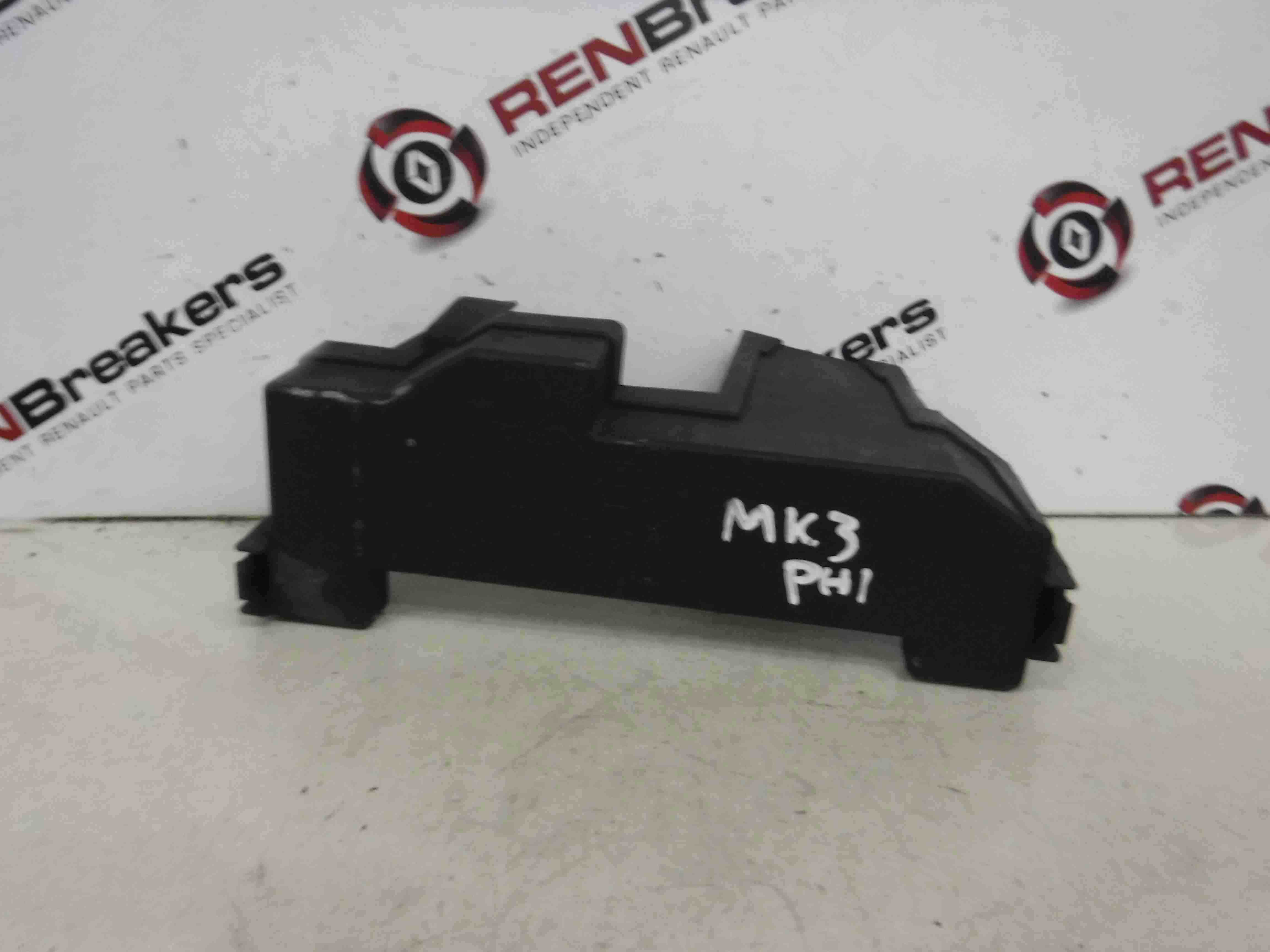 Renault Clio Mk3 2005-2009 Fuse Box Cover Lid - Store - Renault Breakers