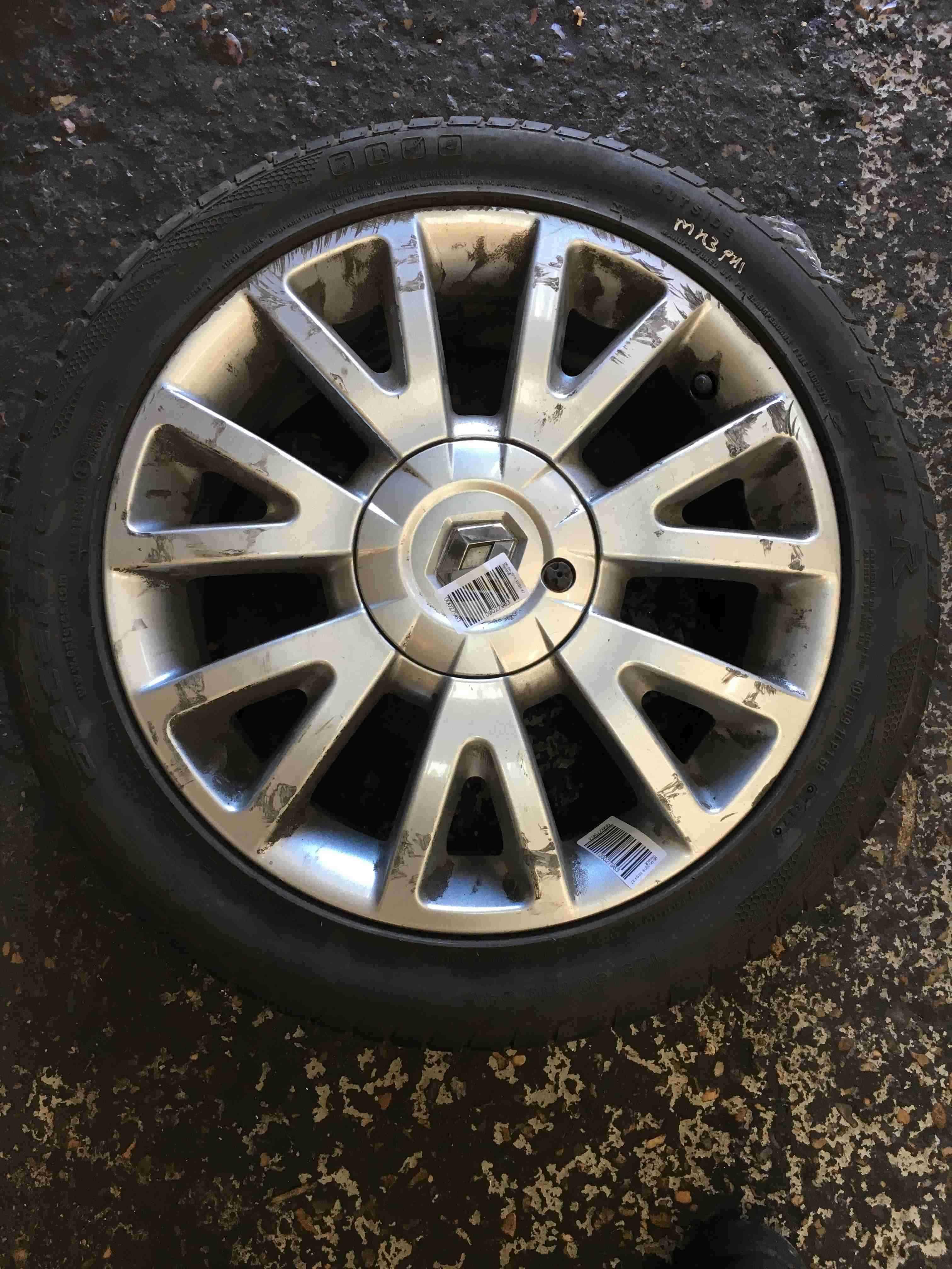 Renault Clio MK3 2005-2012 Canasta Alloy Wheel 16inch + Tyre 195 50 16 6mm