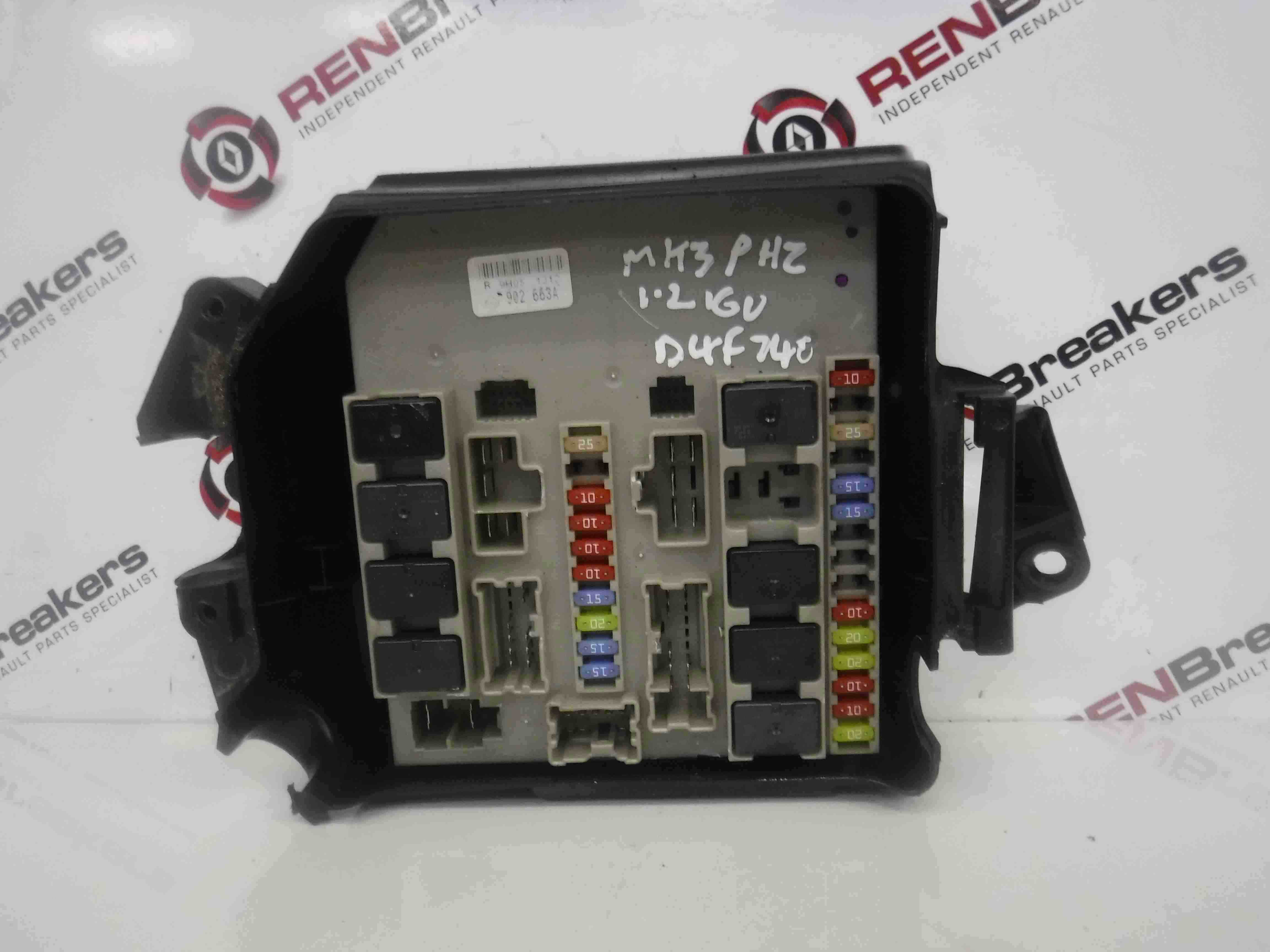 Renault Clio MK3 2005 2012 Engine Bay Fuse Box UPC Unit