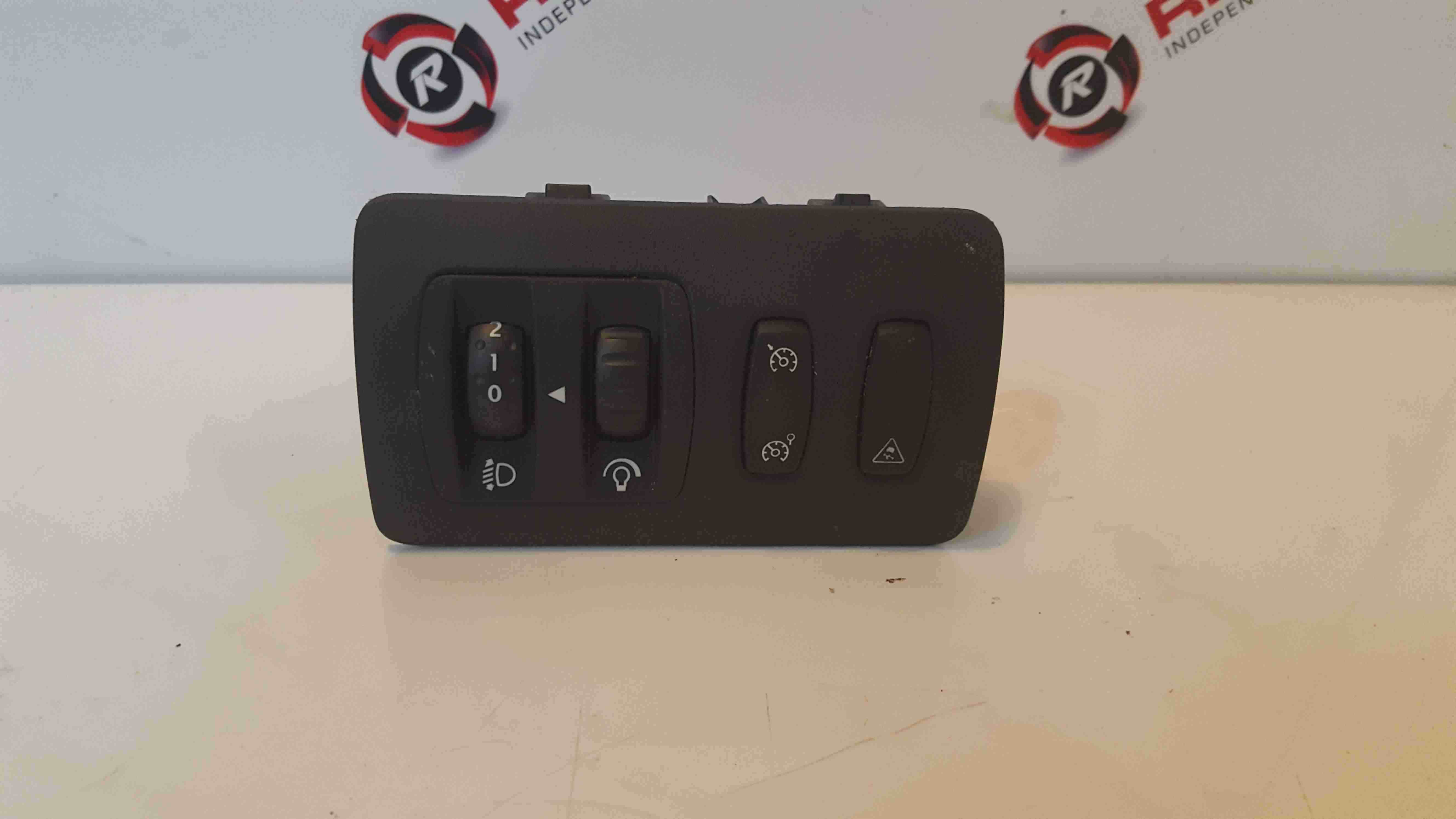 Renault Clio MK3 2005-2012 Headlight Adjuster Cruise Traction Button