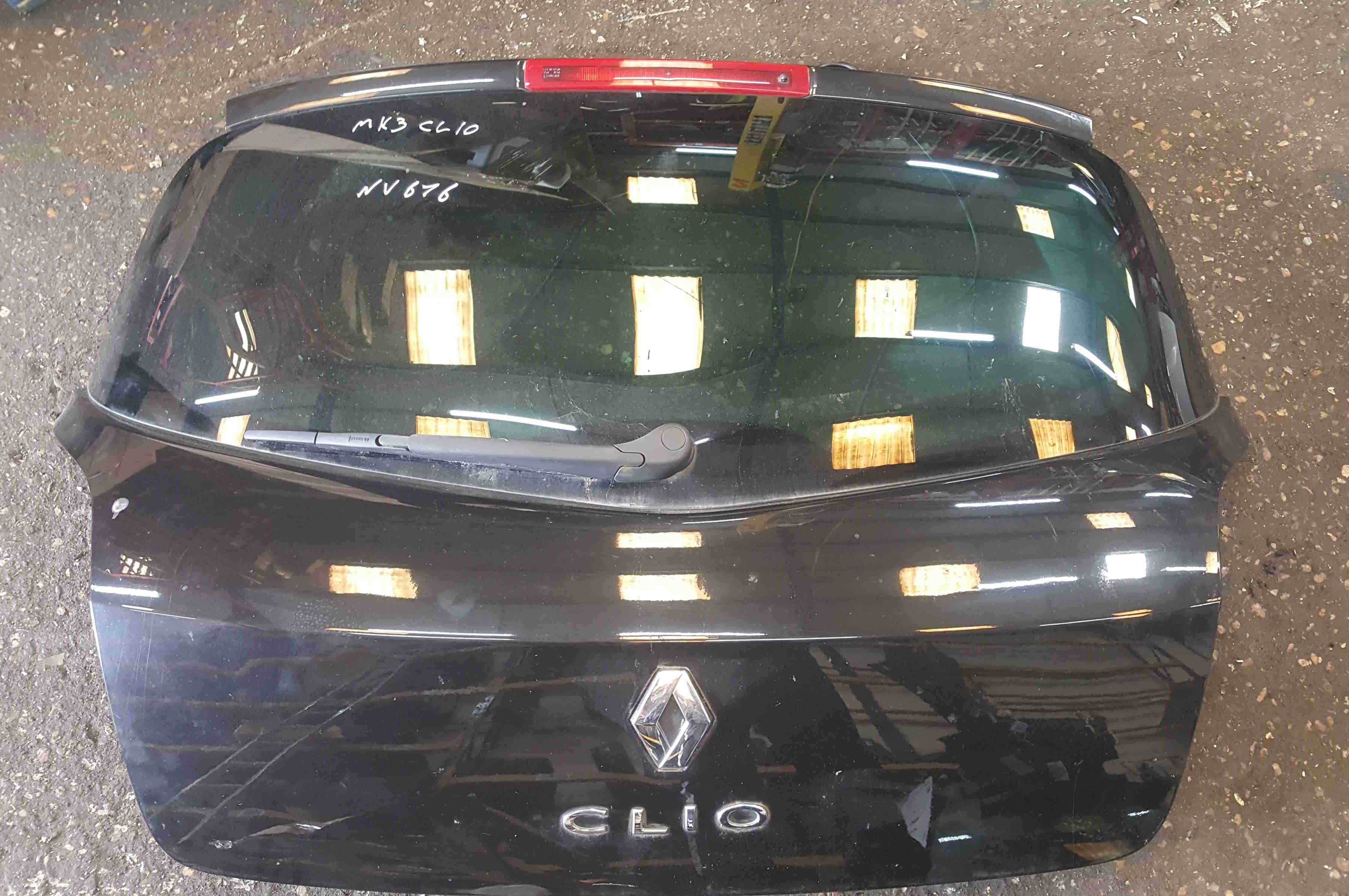 Renault Clio MK3 2005-2012 Rear Tailgate Boot Black 676 Tinted