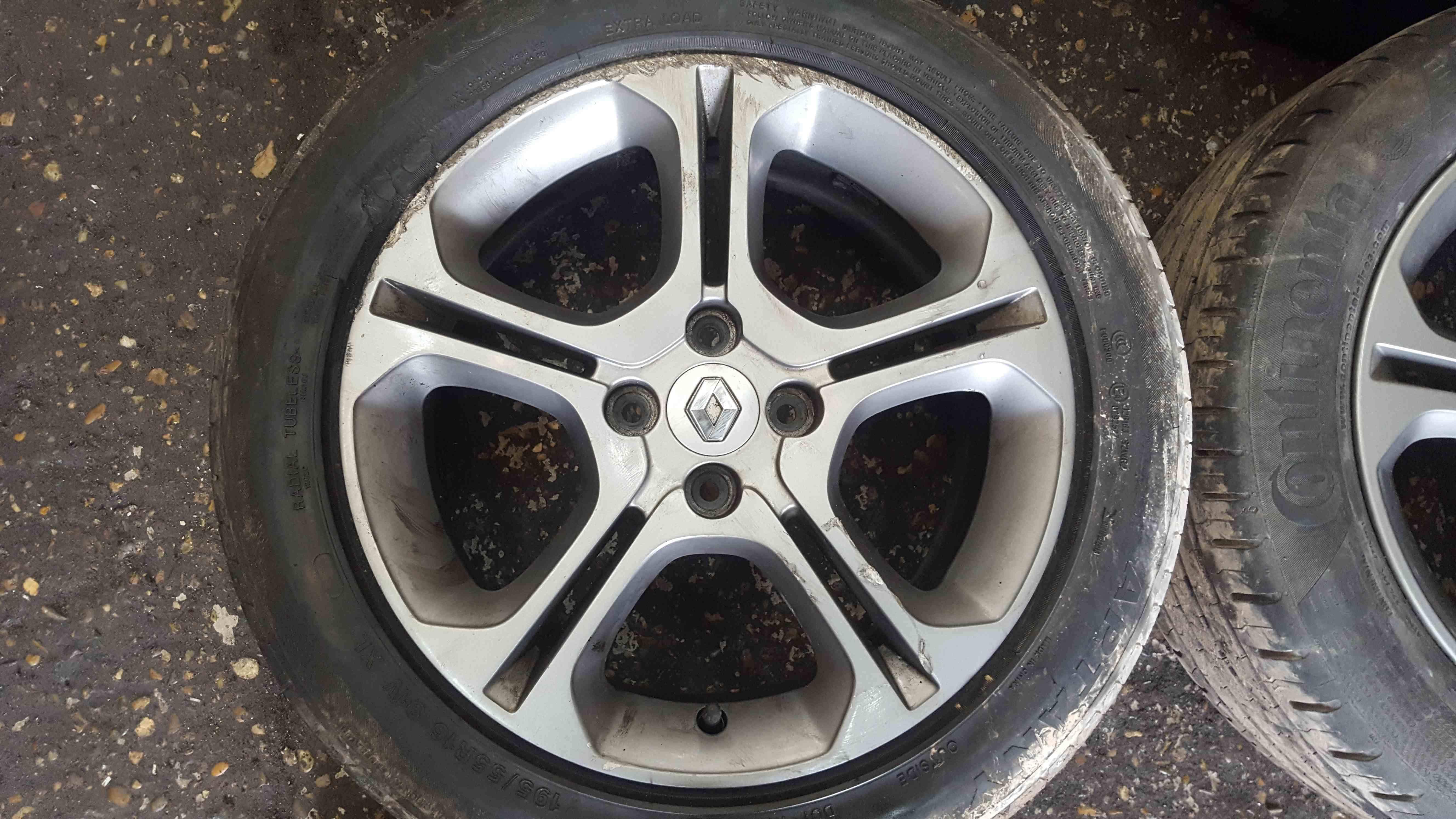 Renault Clio MK4 2013-2018 Alloy Wheels Set X4 16inch 403004666R