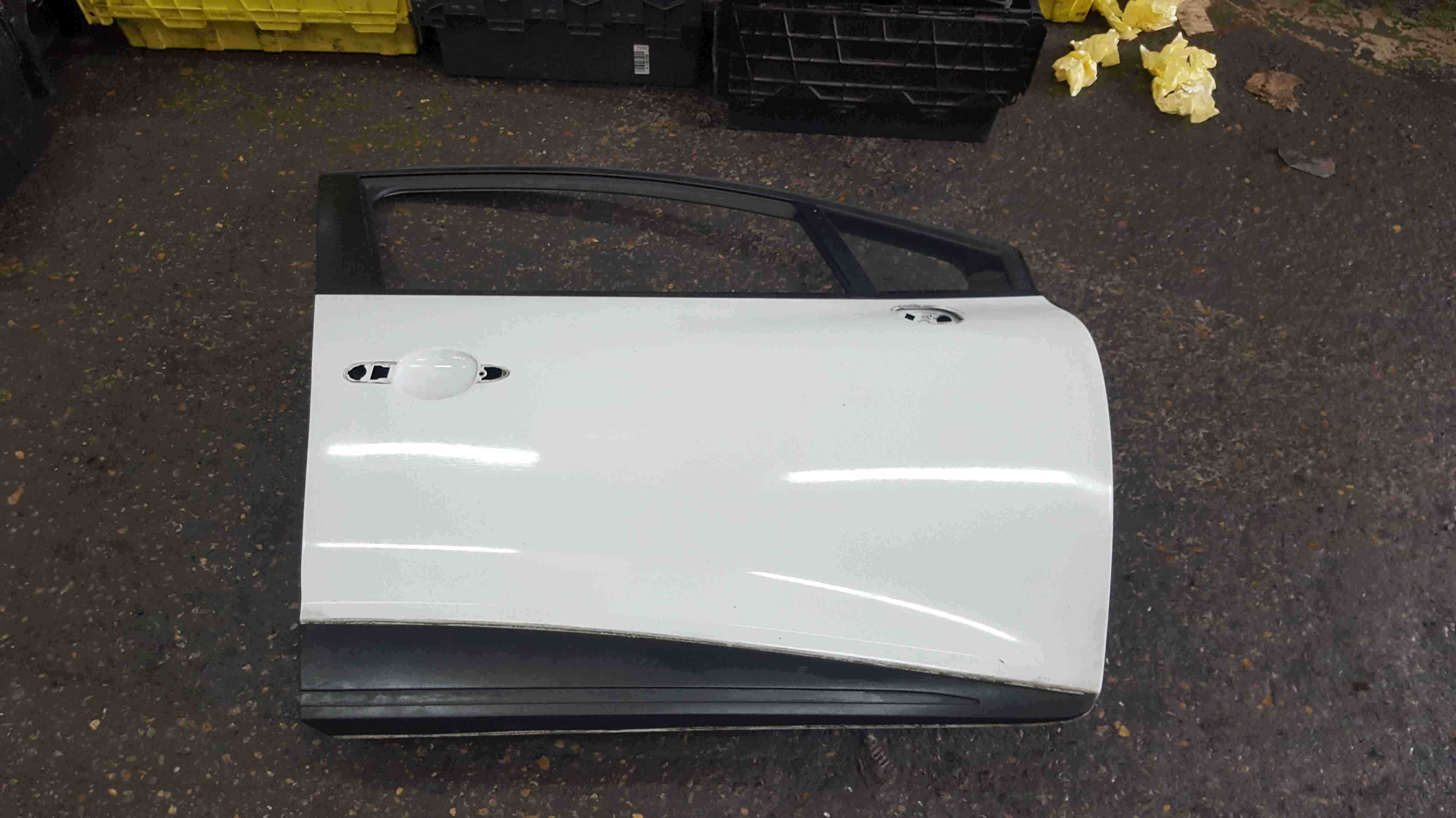Renault Clio MK4 2013-2018 Drivers OSF Front Door White 369