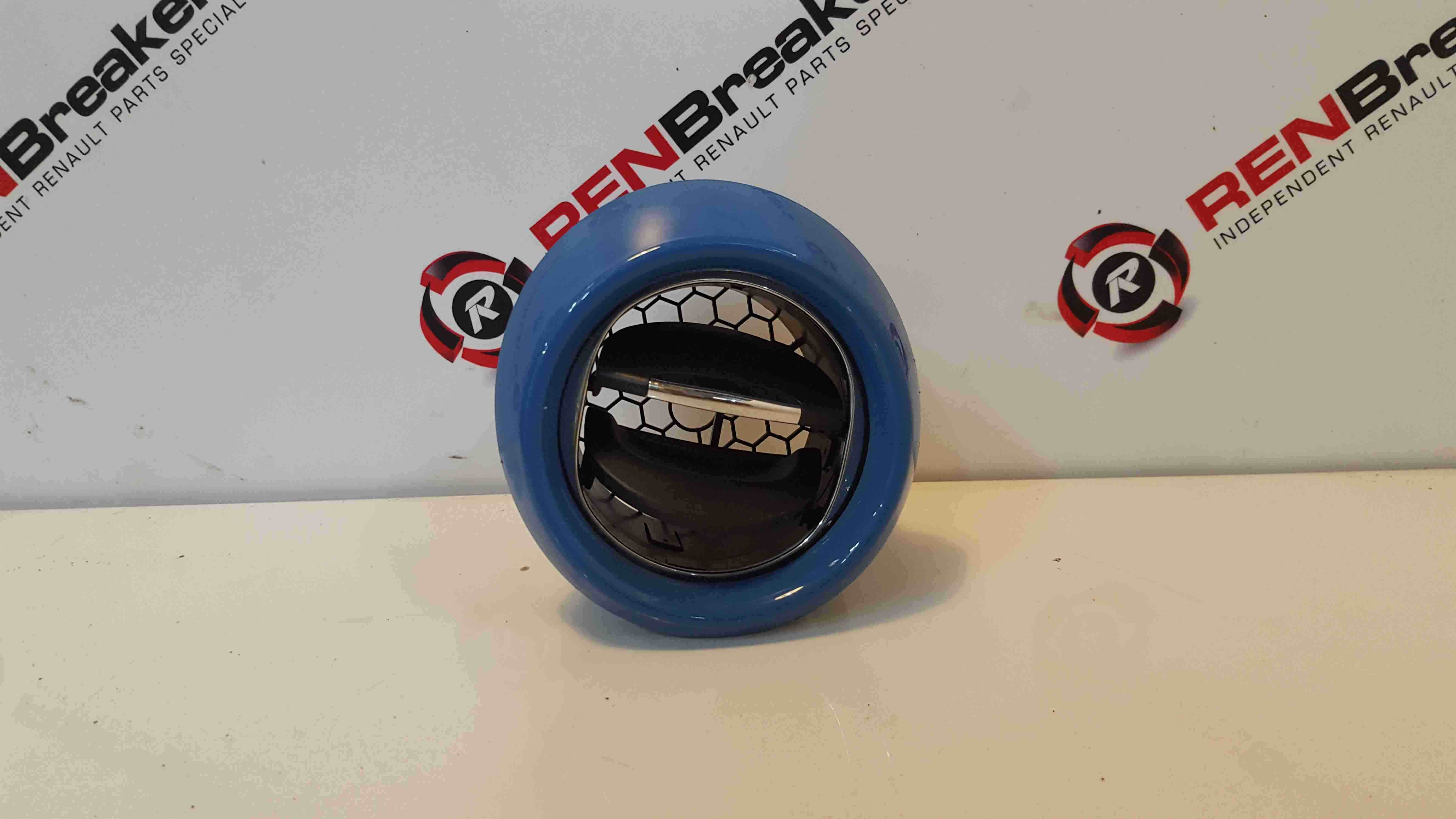 Renault Clio MK4 2013-2018 Drivers OSF Front Heater Vent Blue Surround