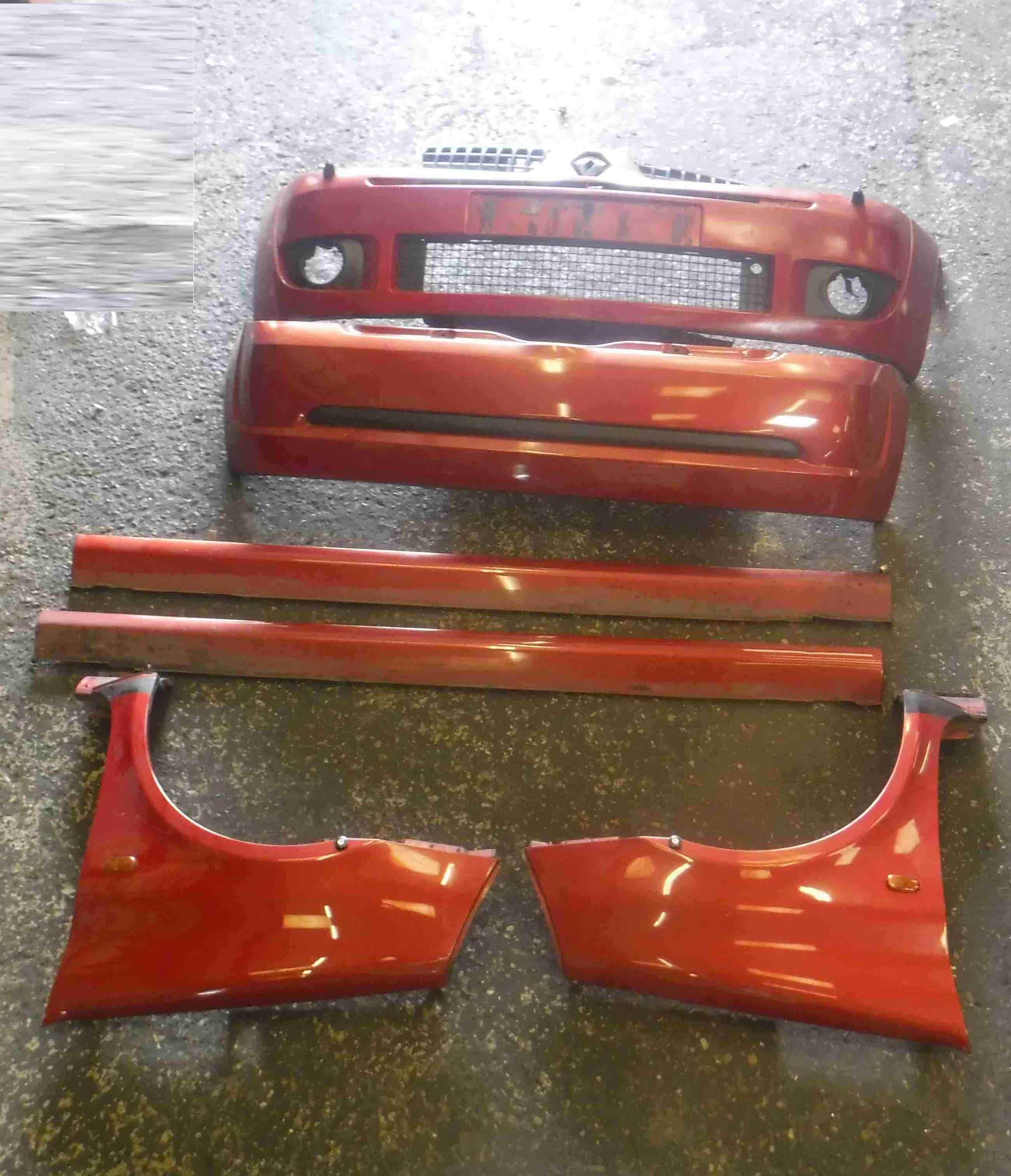 Renault Clio Sport 2001-2006 172 Body Kit Bumpers Side Skirts Wings Red  TEB76