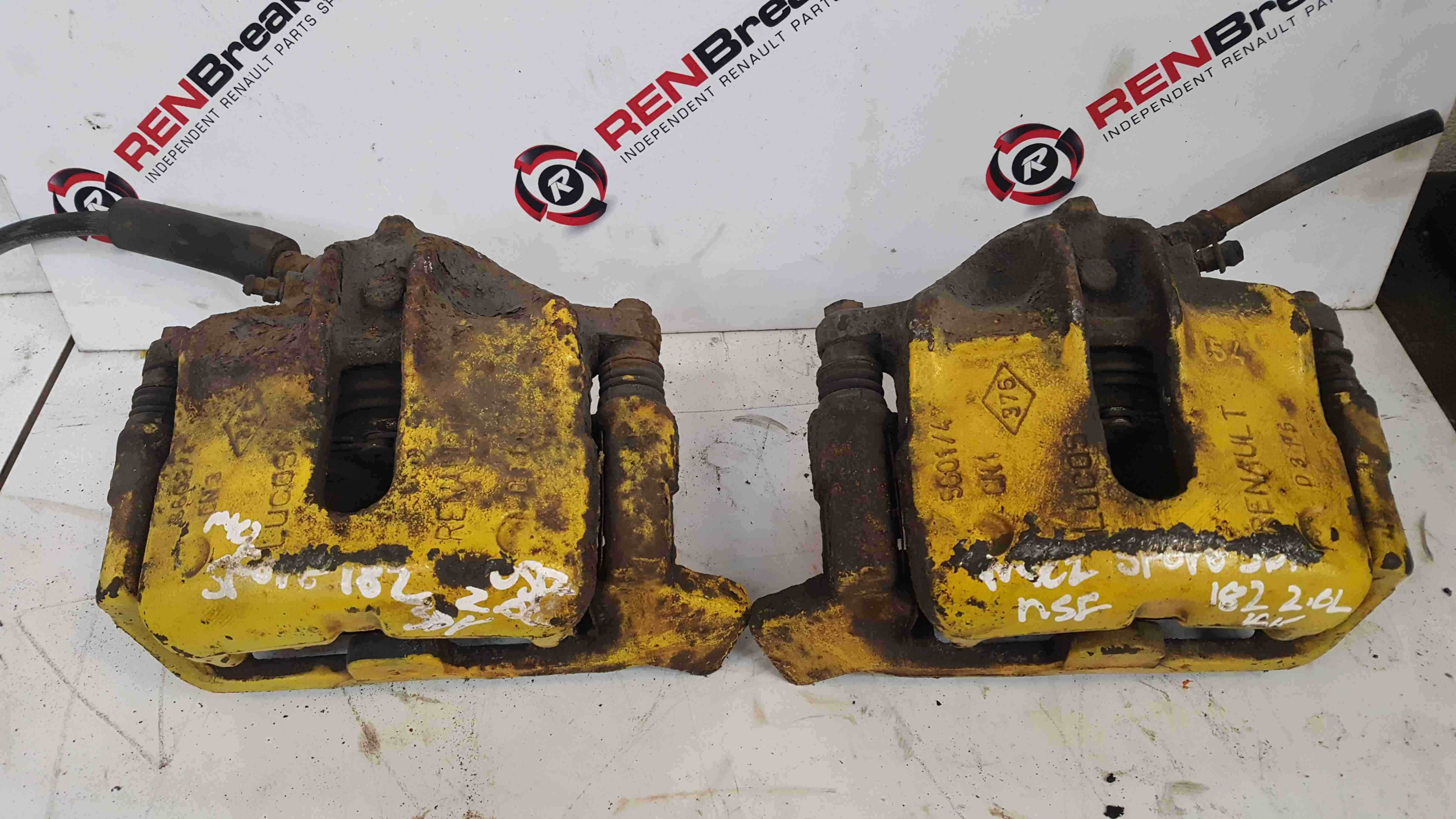 Renault Clio Sport MK2 2001-2006 172 182 Trophy Front Brake Calipers Pair Yellow