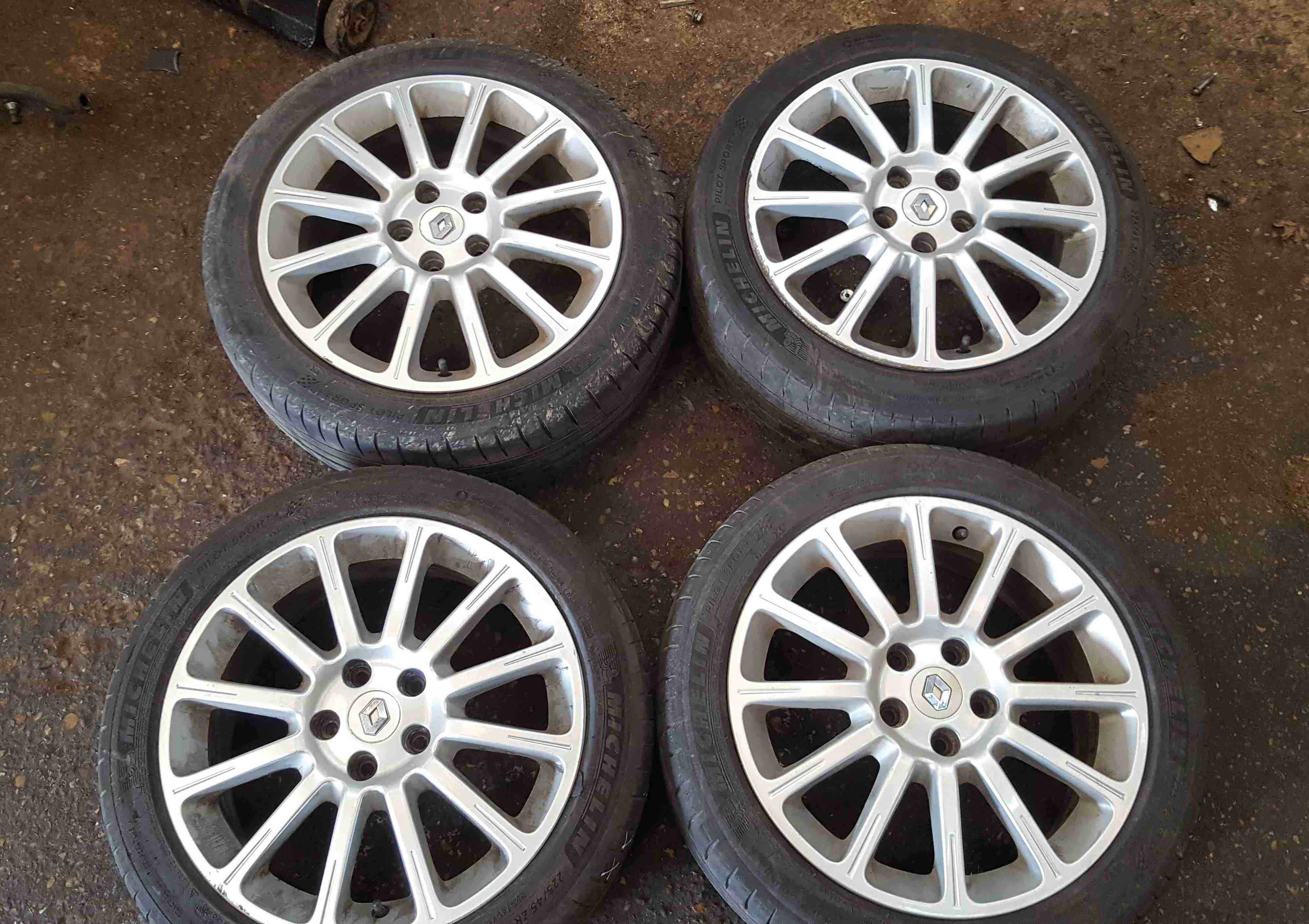 Renault Clio Sport MK3 20052012 197 200 Alloy Wheels Set X4 17inch 8200667039