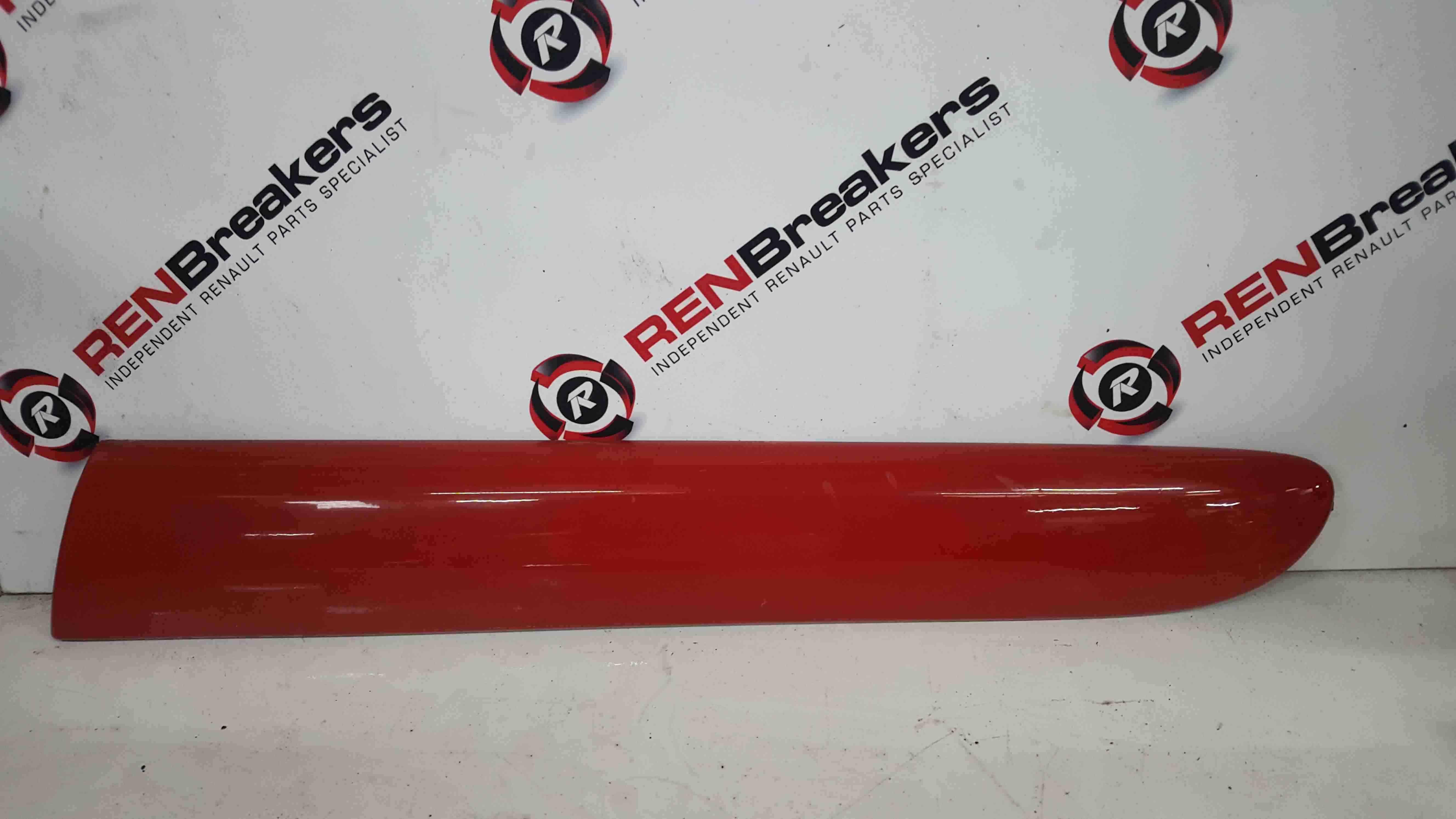 Renault Clio Sport Trophy MK2 2001-2006 Passenger NSR Rear Trim Moulding Red