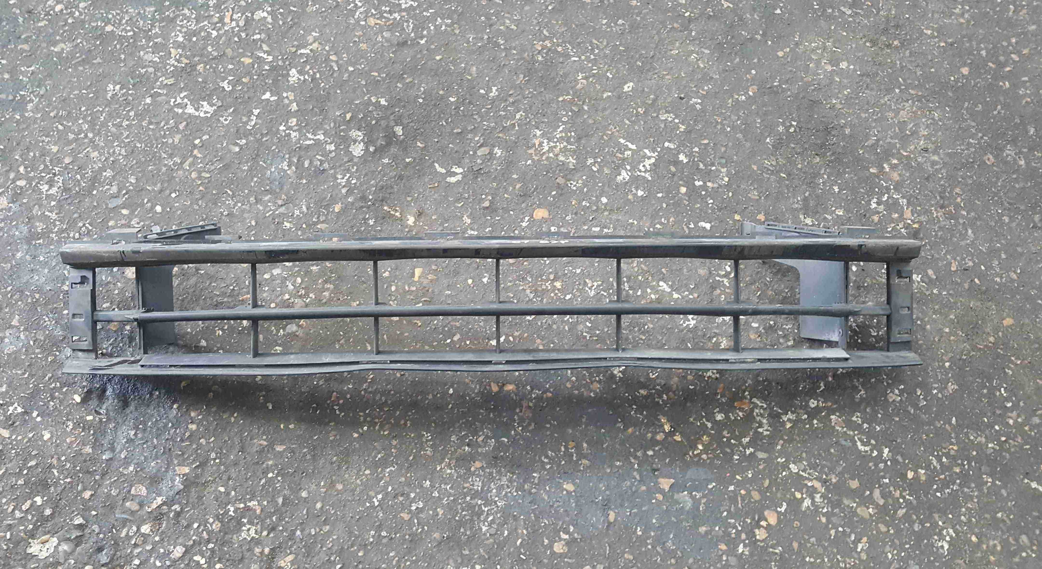 Renault Espace 2003-2013 Front Bumper Gill Grille Insert