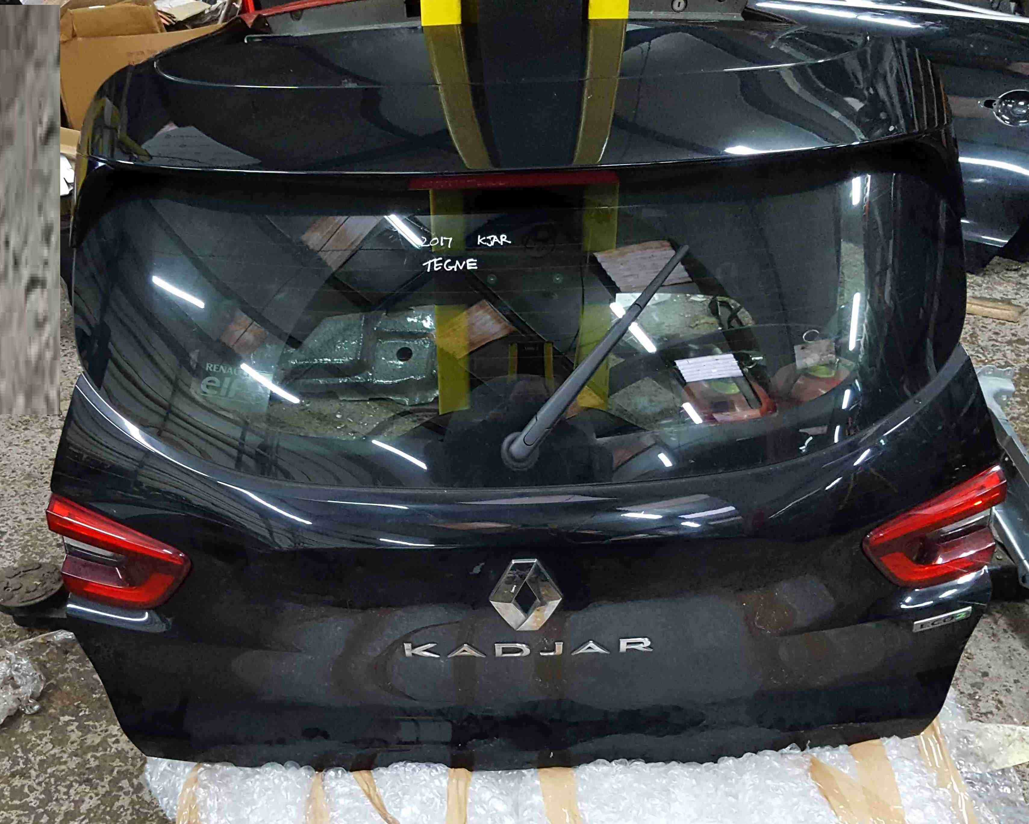 Renault Kadjar 2015-2021 Rear Tailgate Boot Black TEGNE
