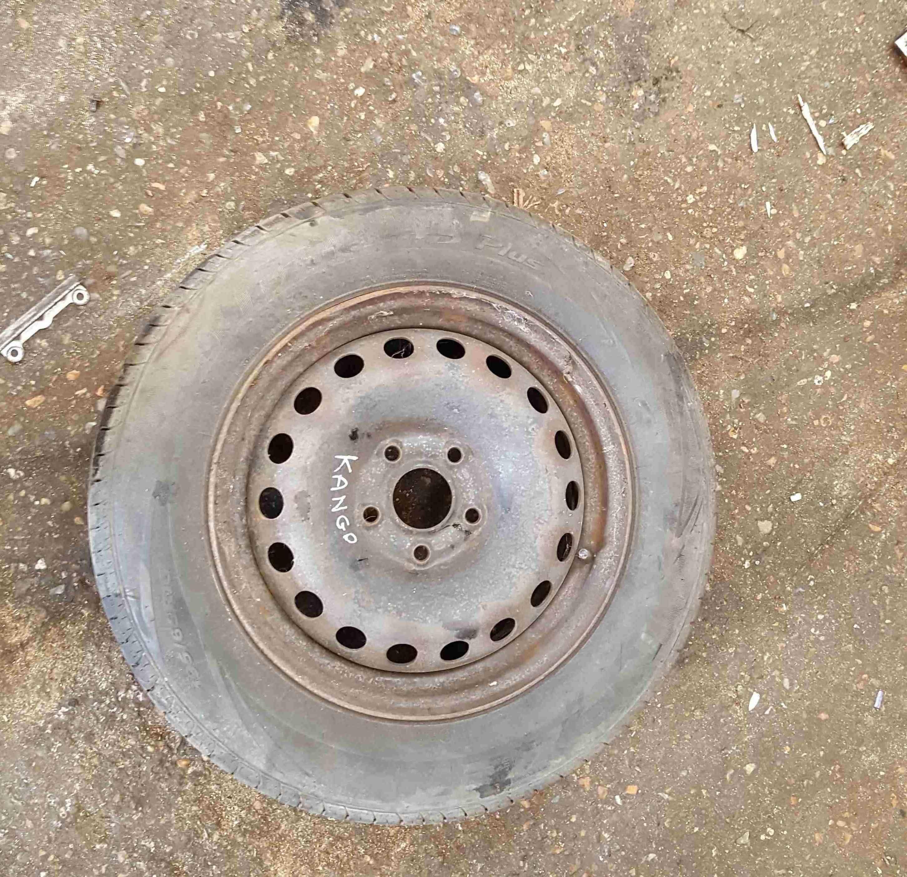 Renault Kangoo 2007-2013 Steel Wheel Rim + Tye 195 65 15 5mm Tread