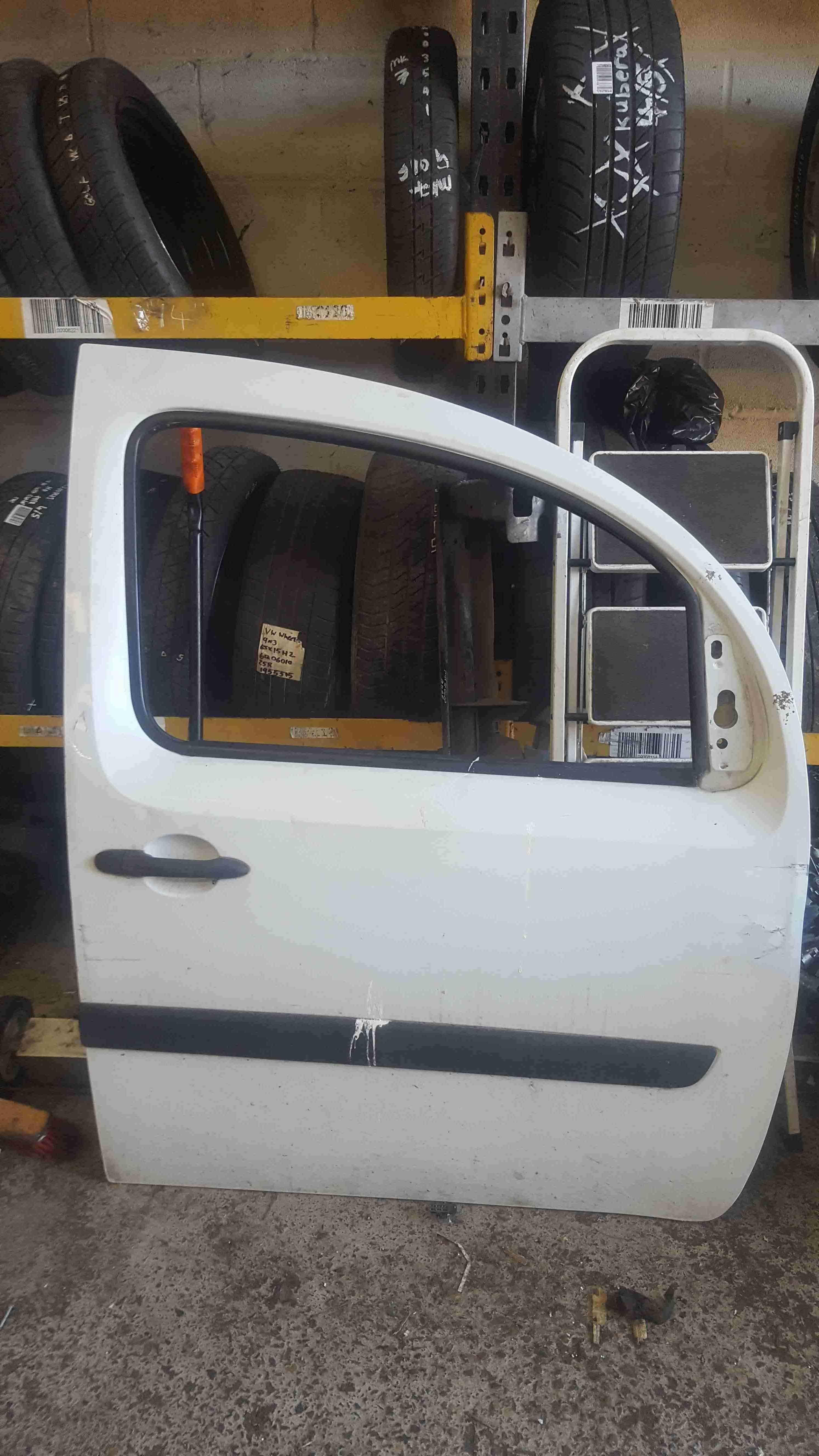 Renault Kangoo 2007-2017 Drivers OSF Front Door White O389