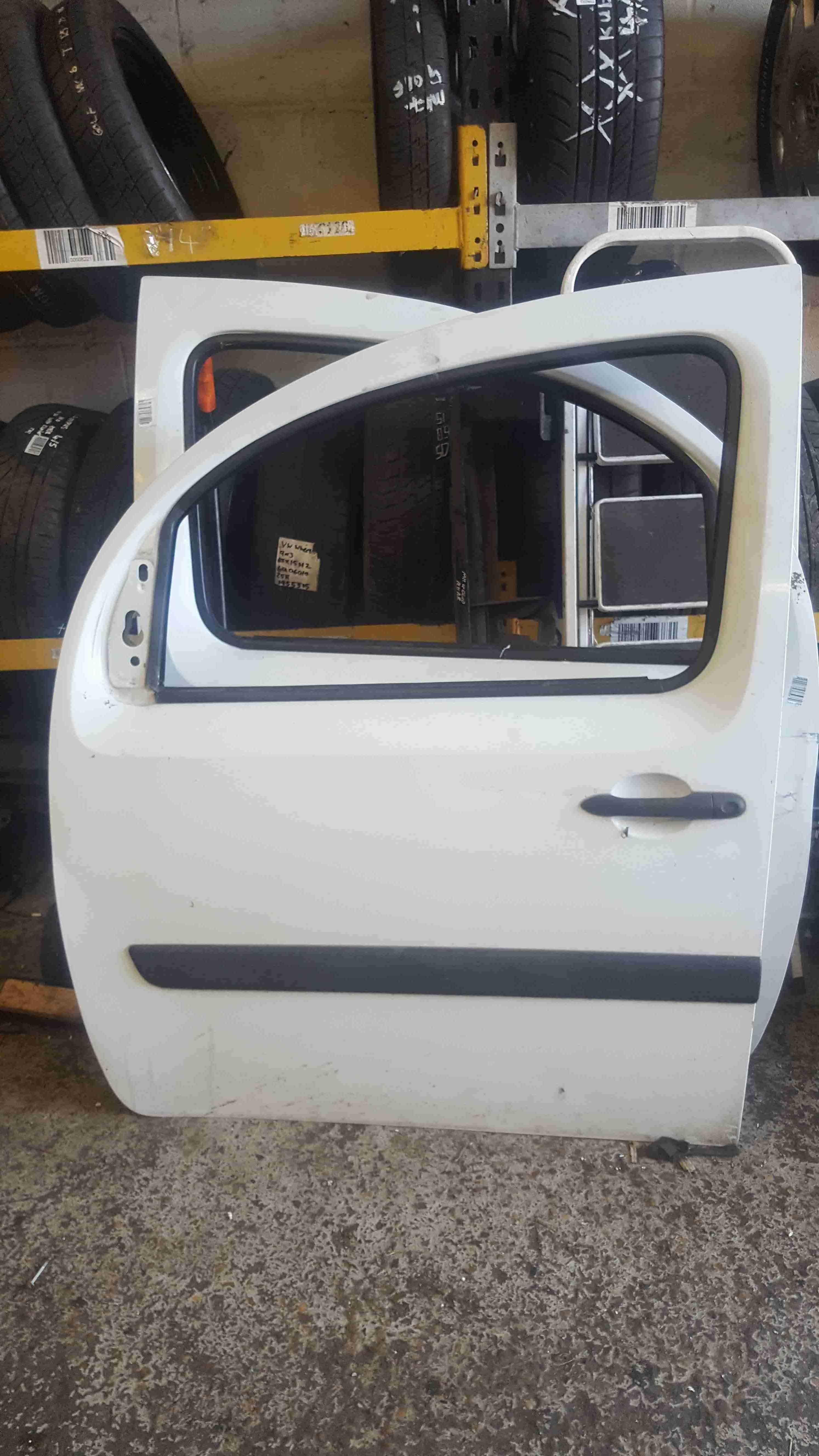 Renault Kangoo 2007-2017 Passenger NSF Front Door White O389