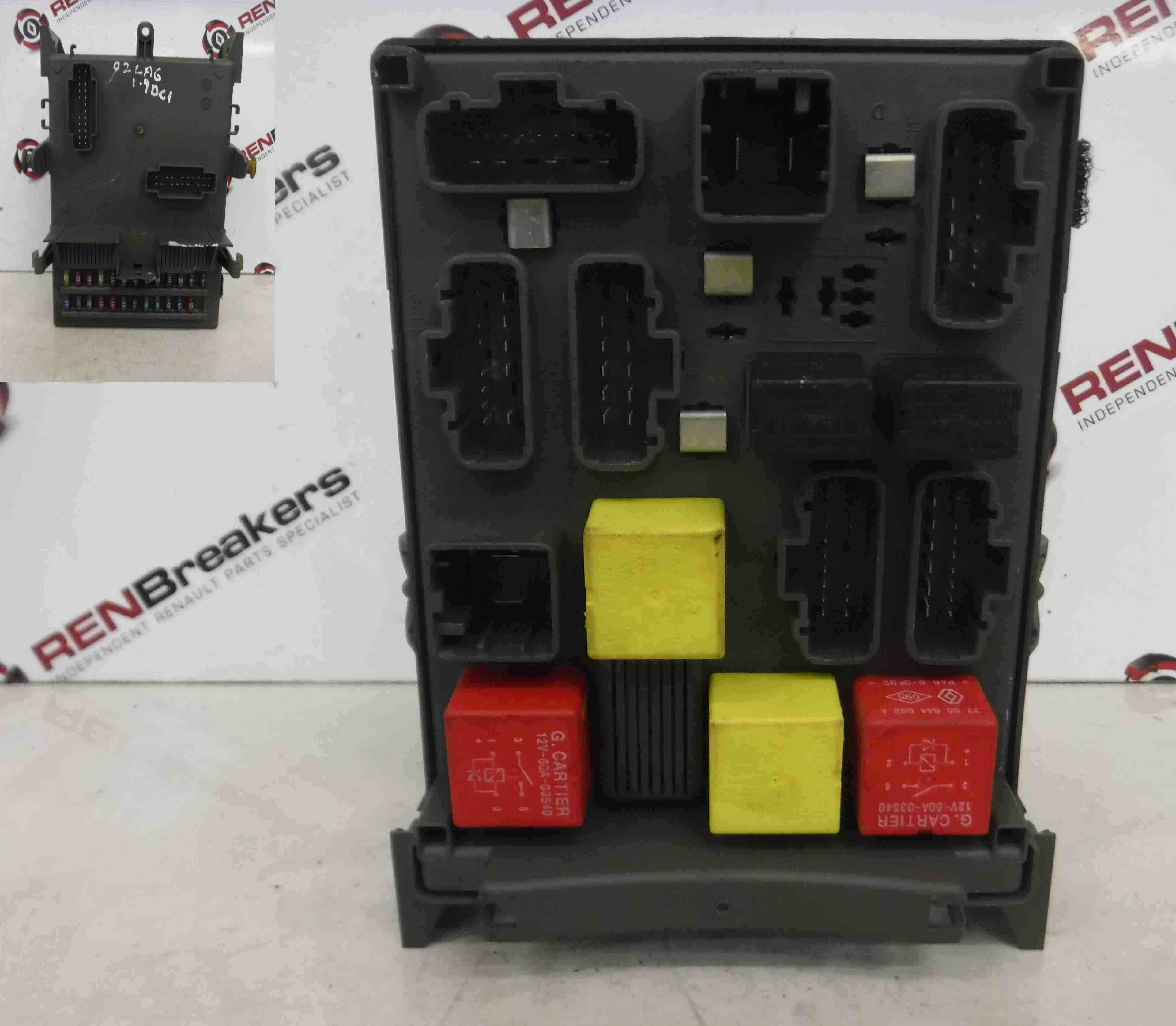 Renault Laguna 2001 2007 Interior Fuse Box Dashboard Relay Computer Cover 8200013449