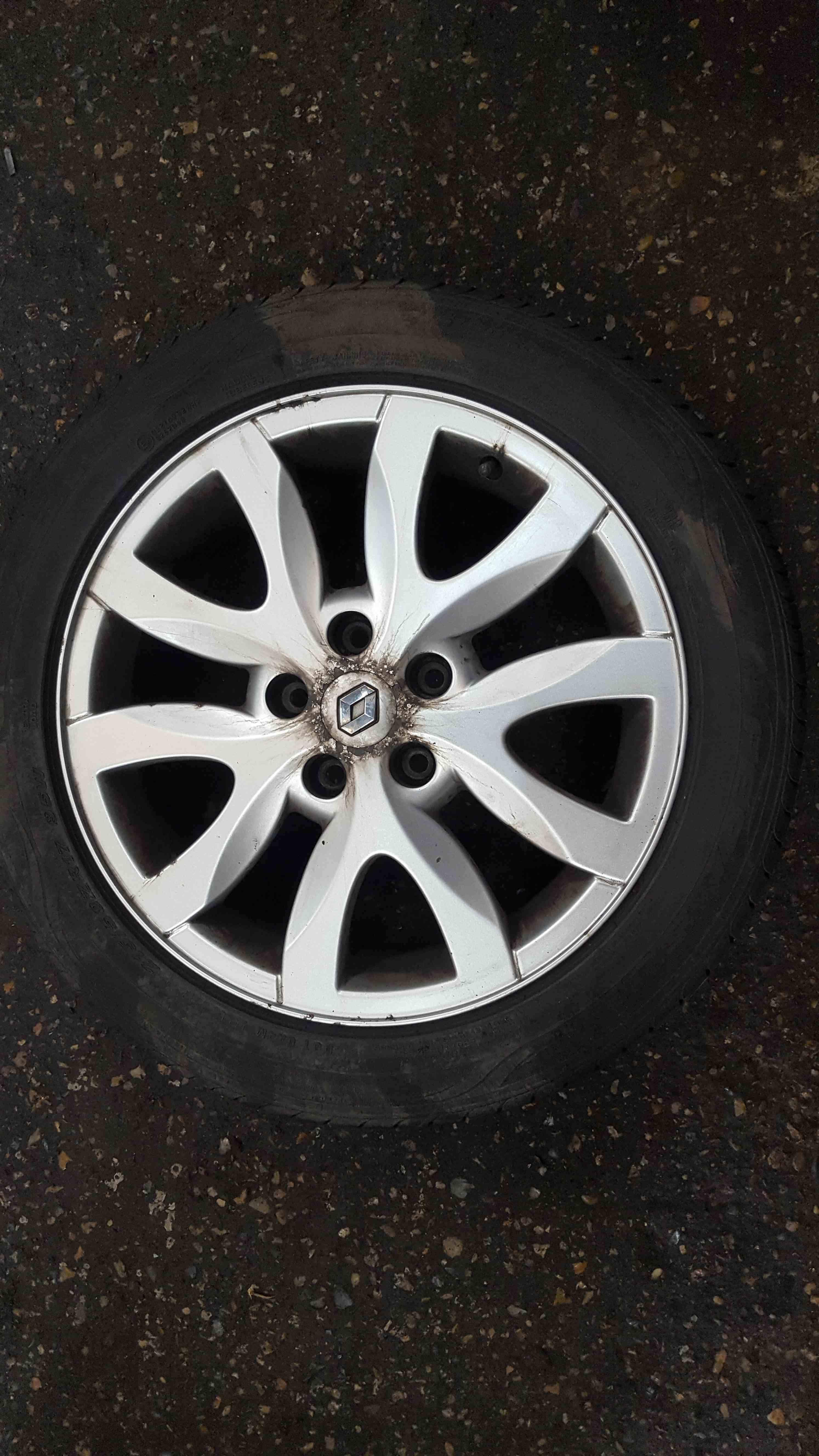 Renault Laguna MK3 2007-2012 Spider Alloy Wheel 17inch