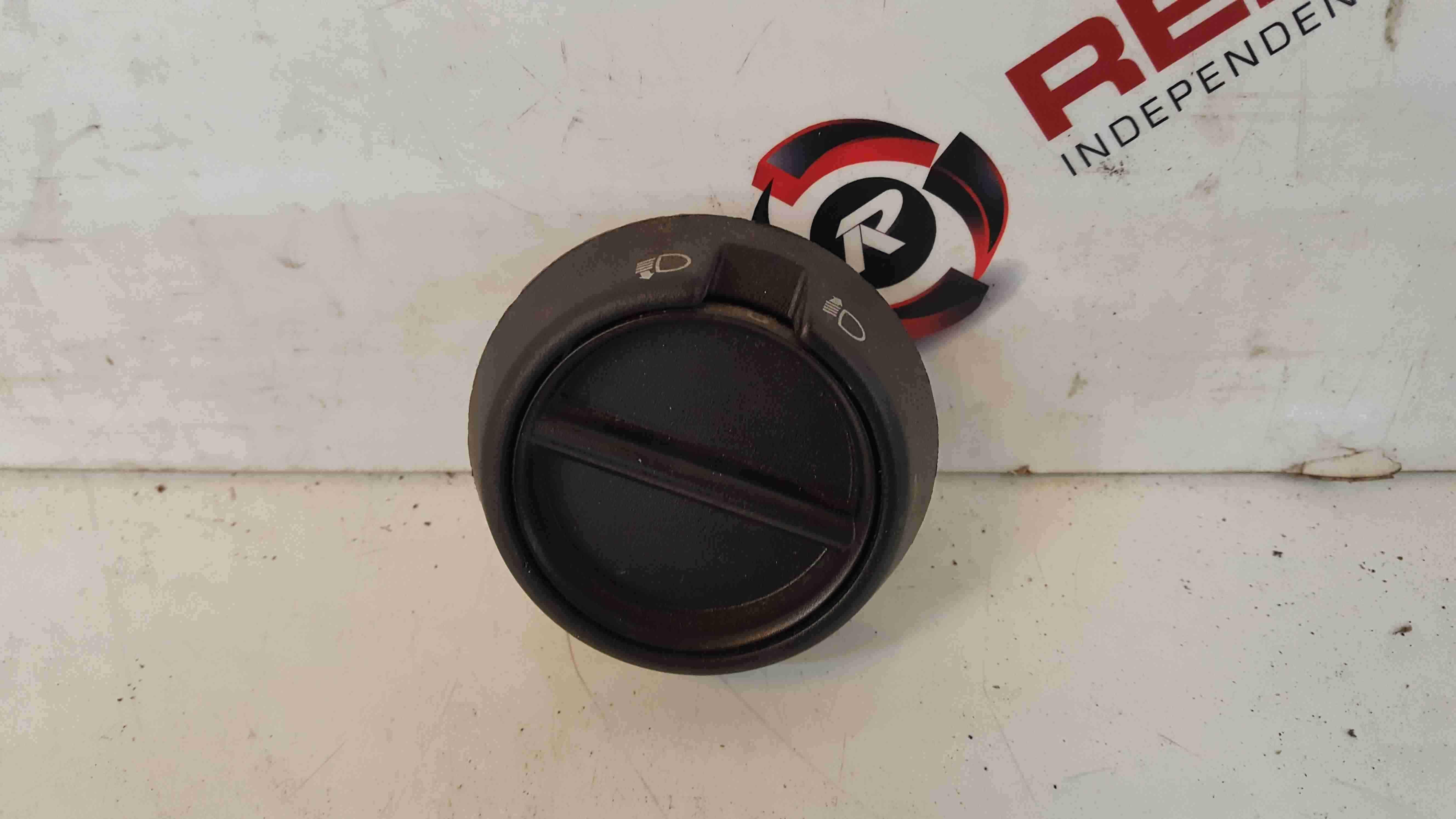 Renault Master 1997-2003 Headlight Adjuster Panel