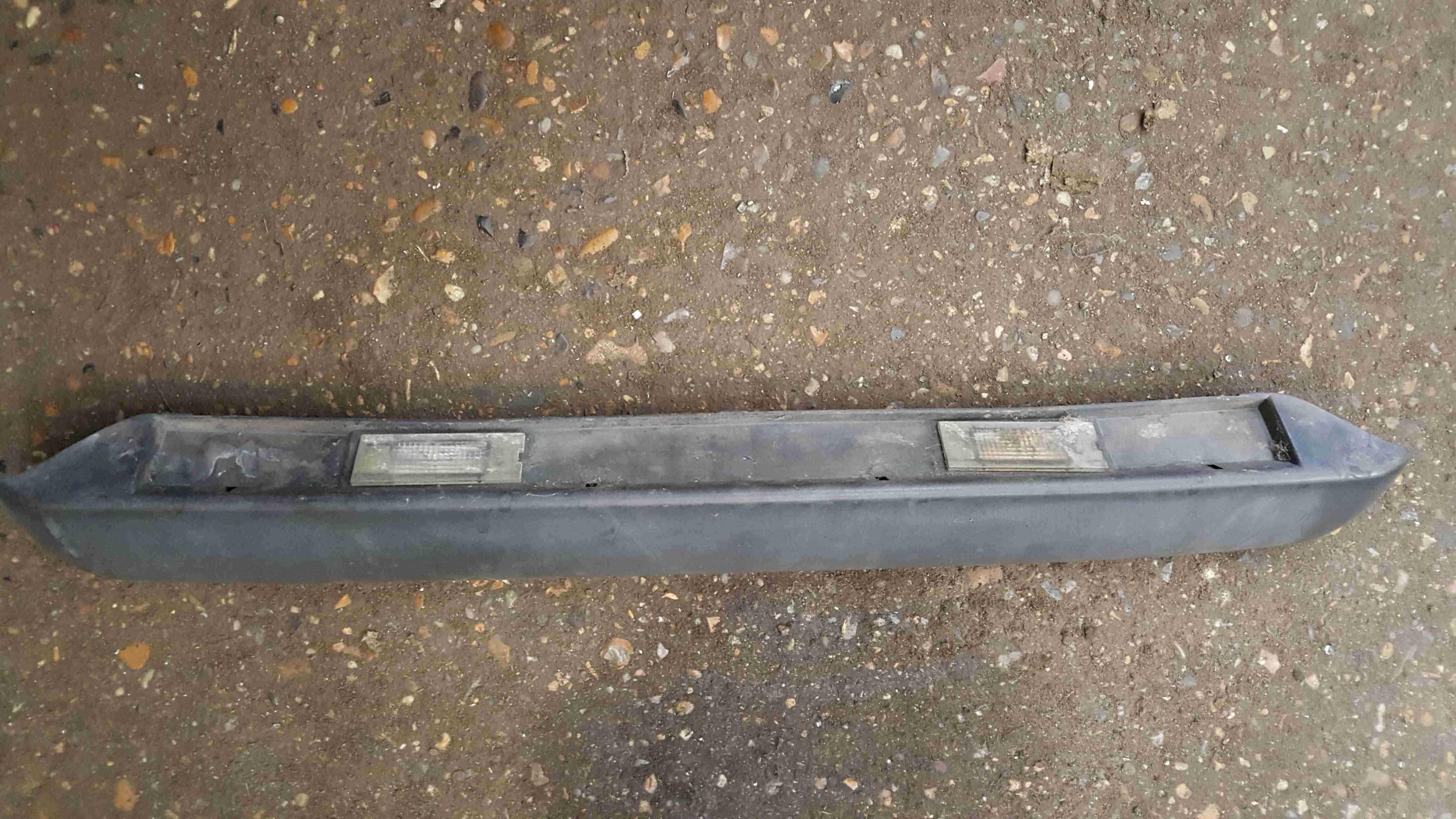 Renault Master 1997-2004 Rear Number Plate Light Holder 7700352127