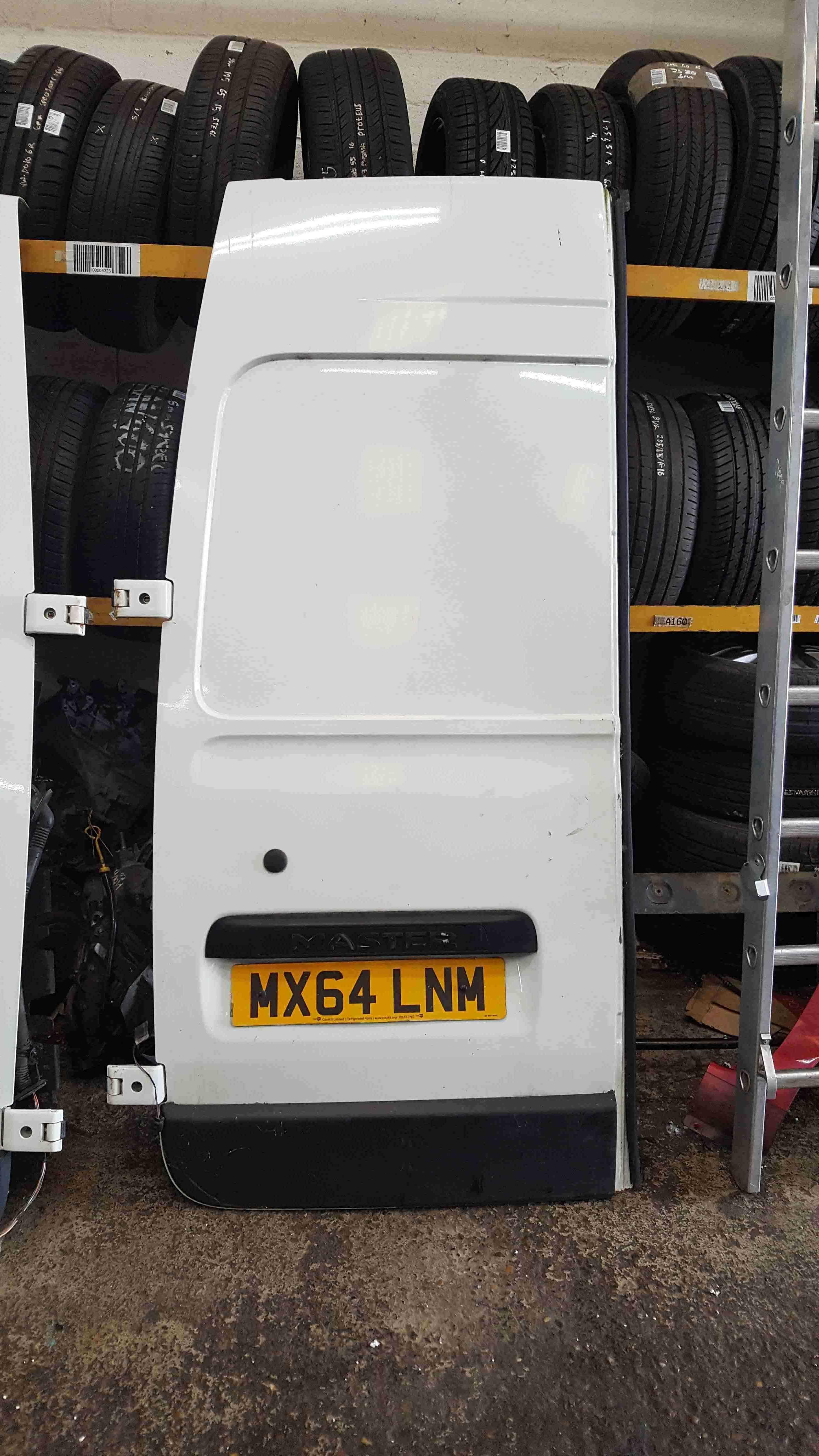 Renault Master Van 20102018 Passenger NSR Rear Barn Door White O389