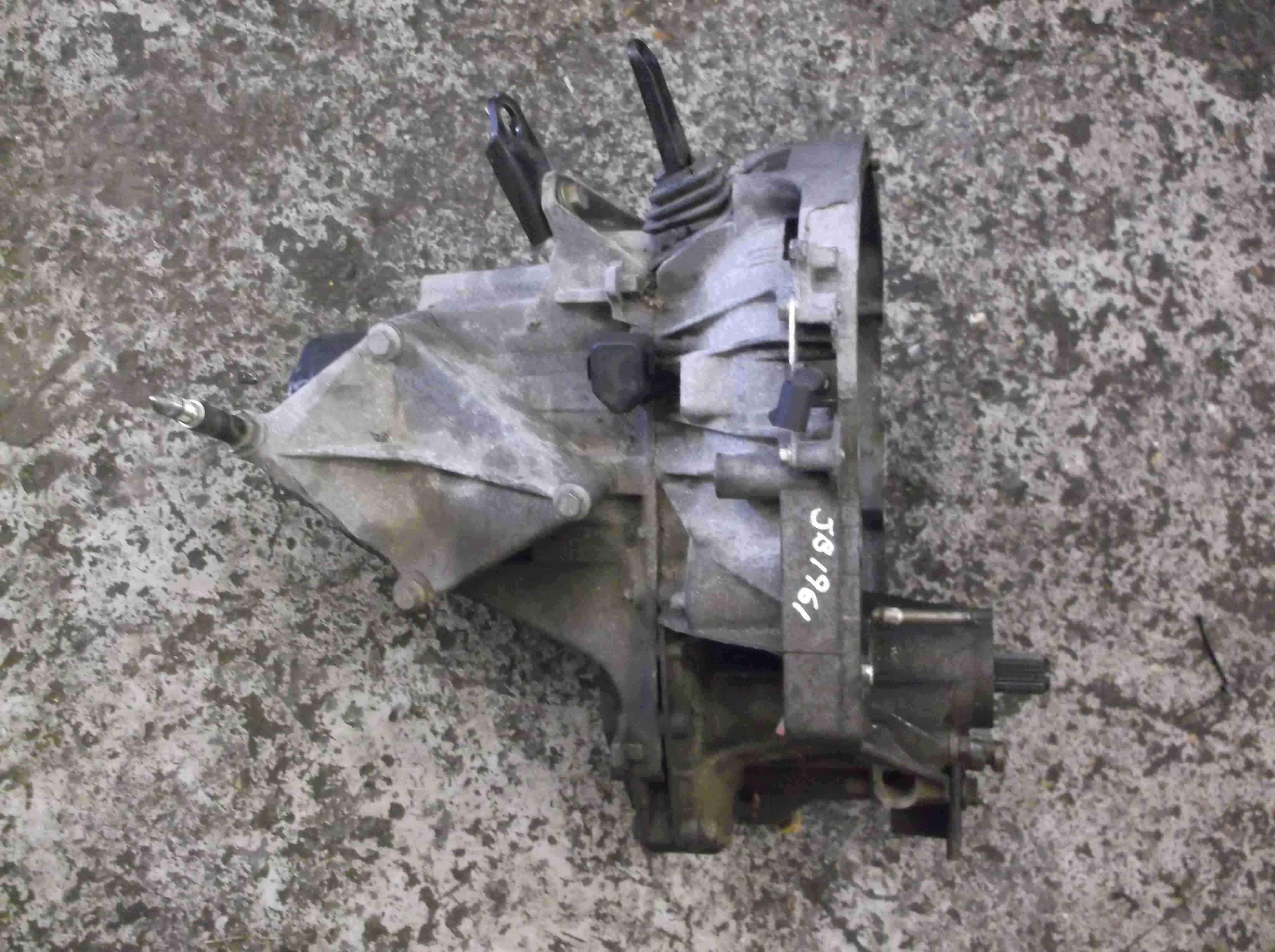 Renault Megane 1999-2002  1.4 16v Gearbox JB1 961 jb1 961