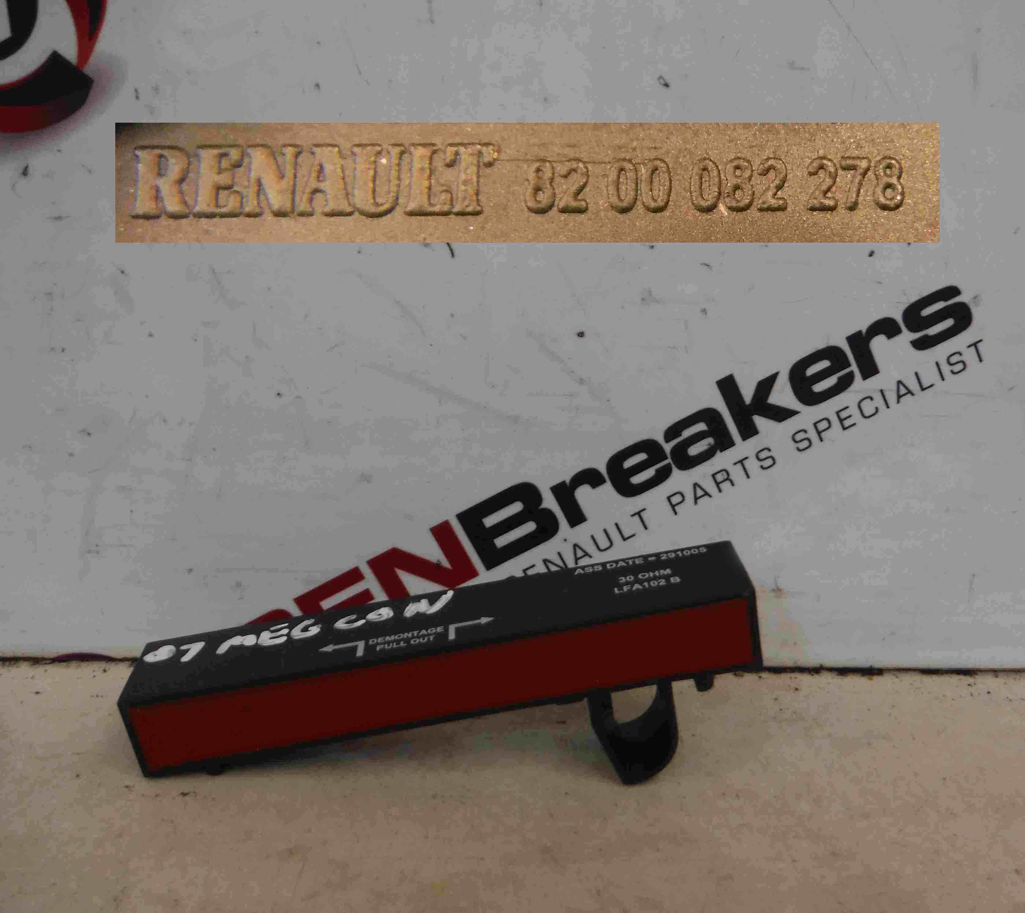 Renault Megane 2002-2008 Aerial Transmitter Antenna Handsfree 8200082278