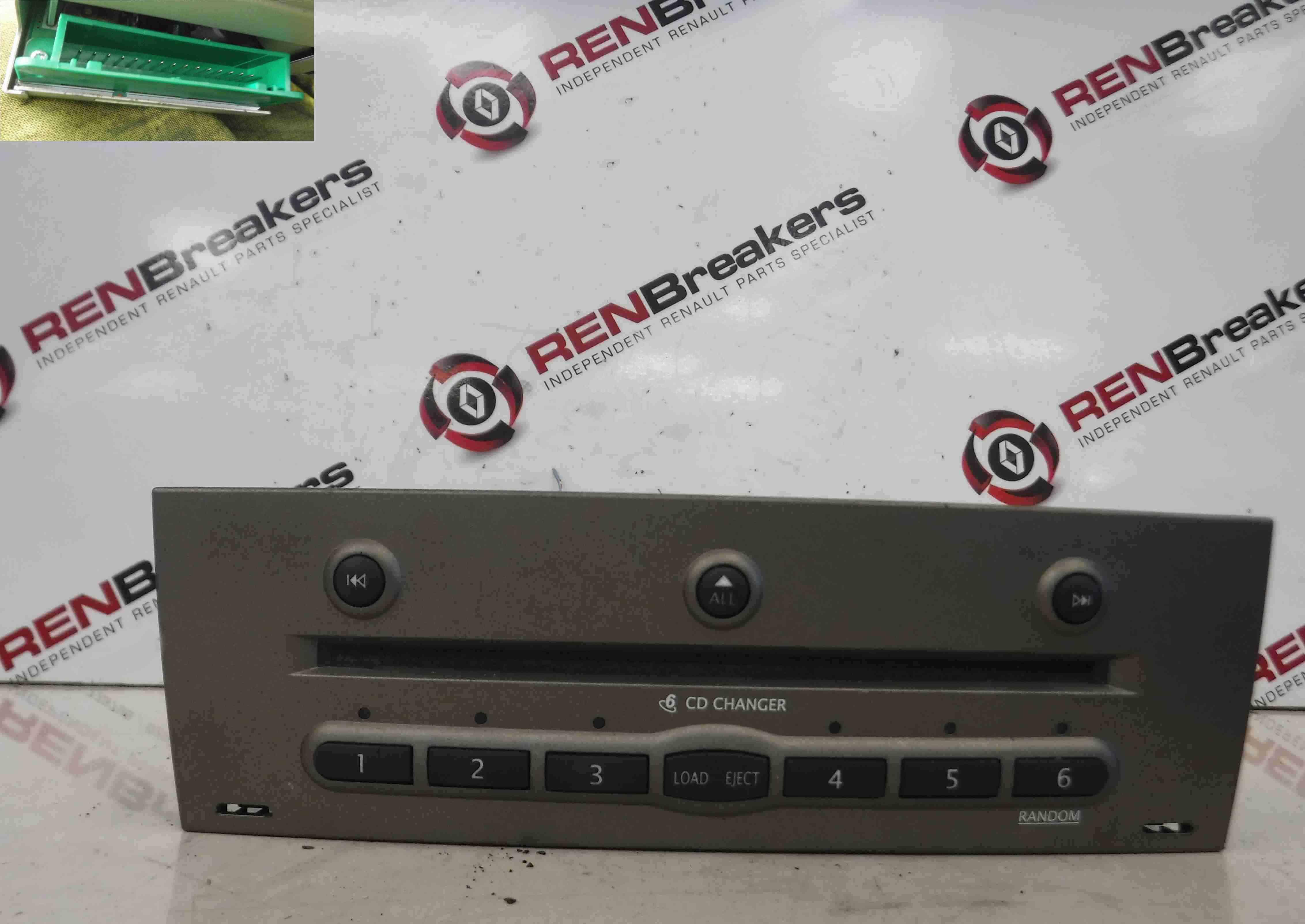 Renault Megane + Scenic 2002-2008 Dash 6 CD Disc Changer Unit 8200505121