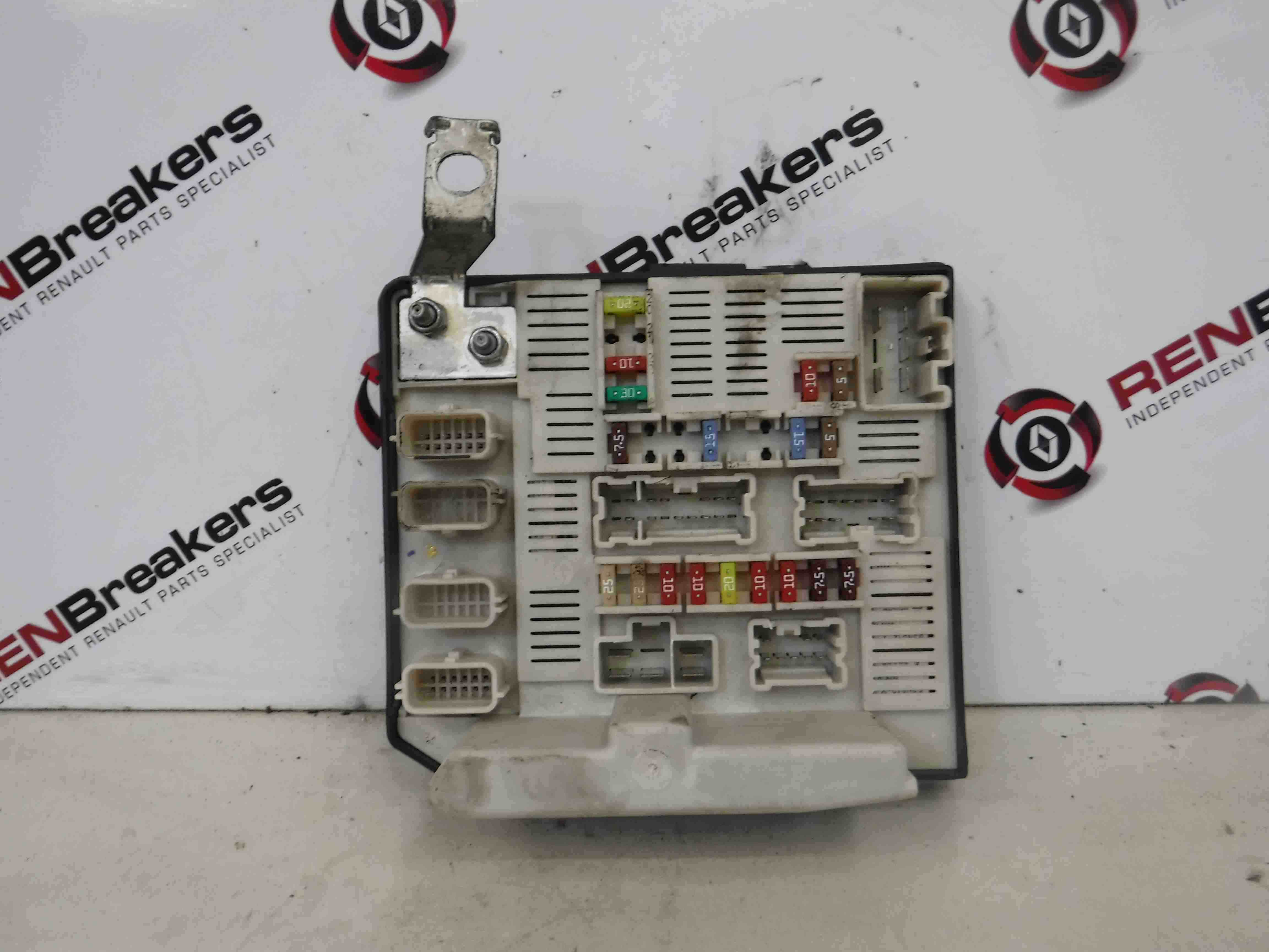 Renault Megane Engine Fuse Box
