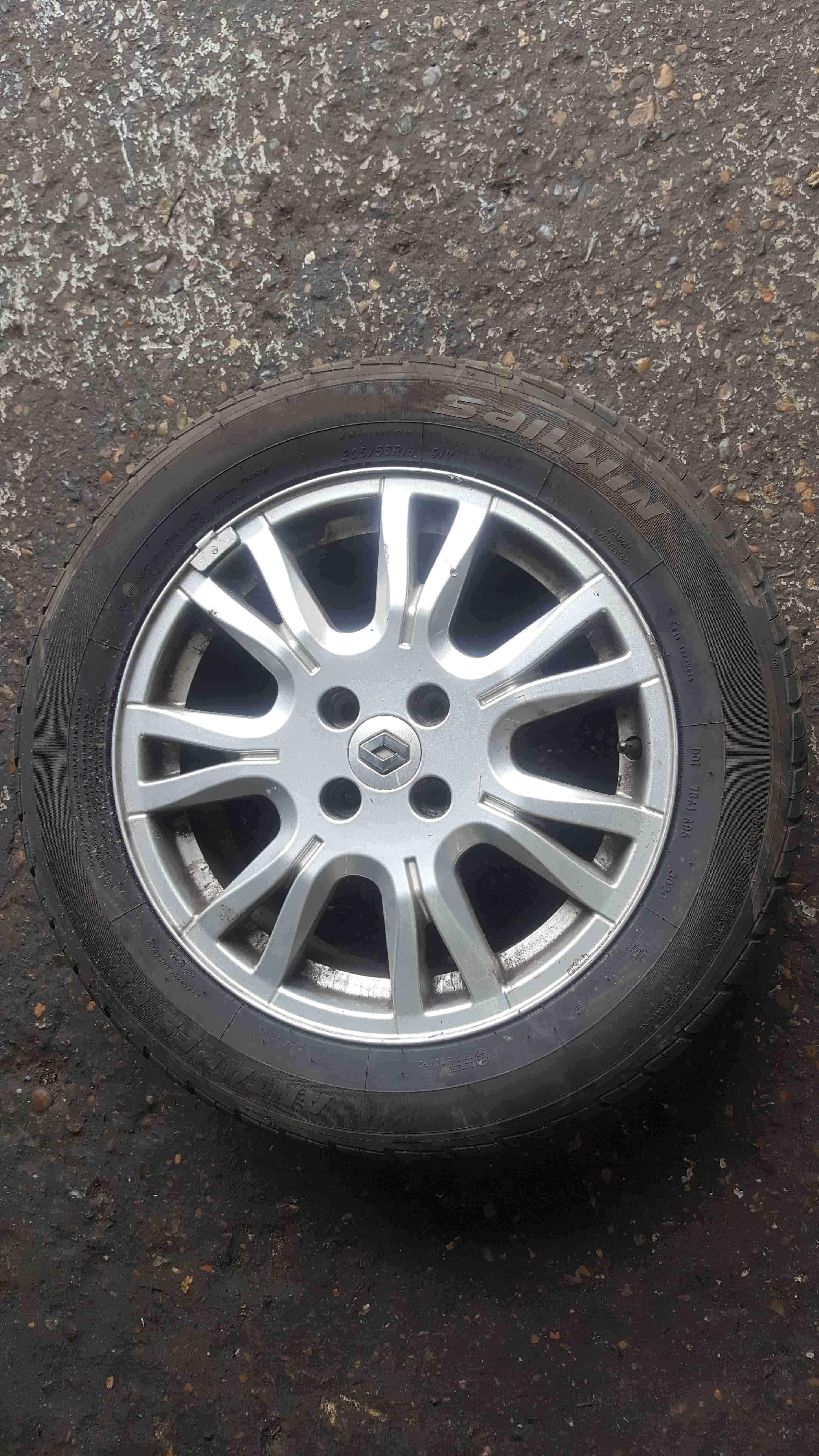 Renault Megane 2002-2008 Ozedia Alloy Wheel + Tyre 205 55 16 6mm