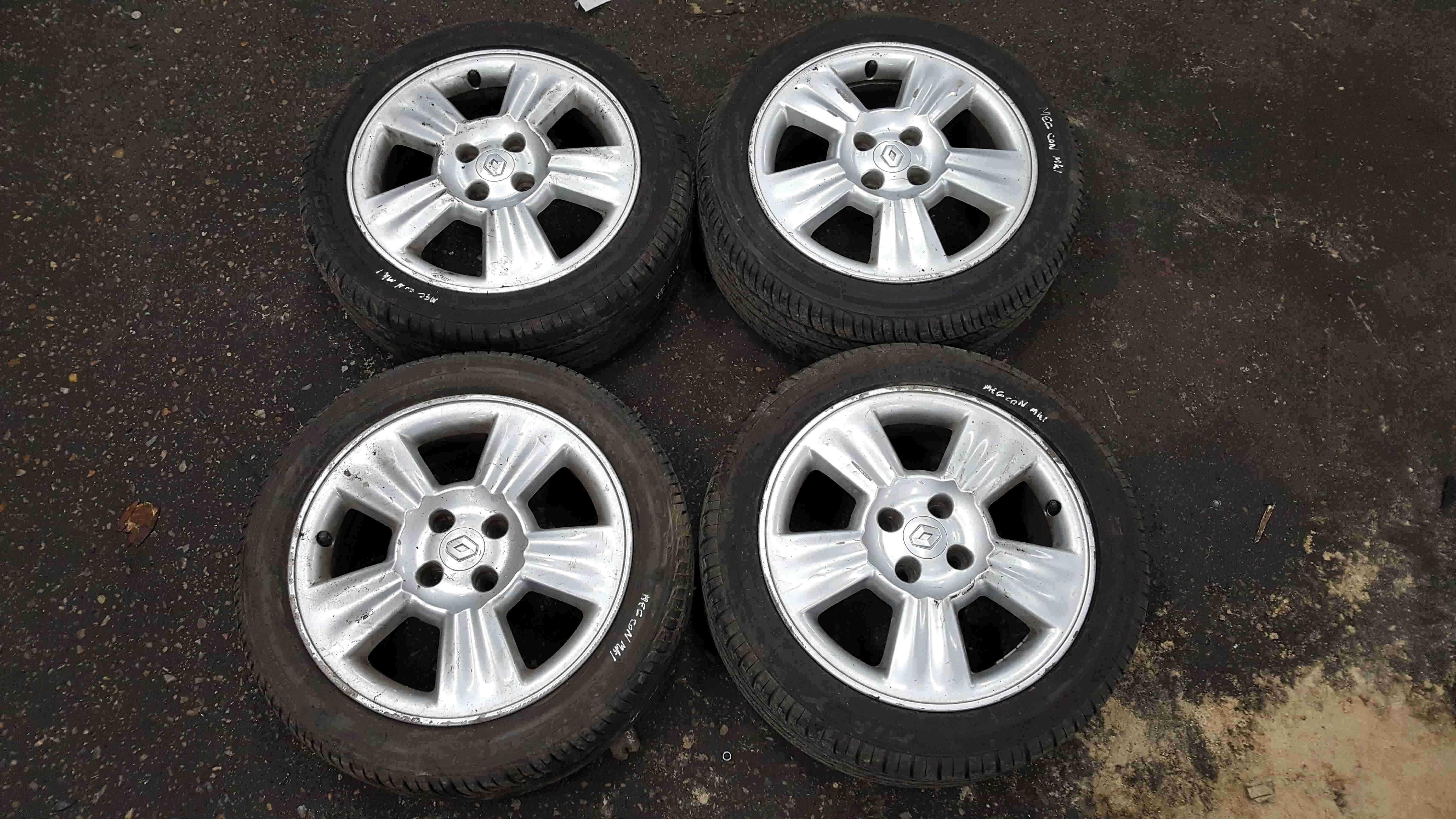 Renault Megane Con MK1 1999-2002 Lyra Alloy Wheels Set X4 15inch + Good Tyres