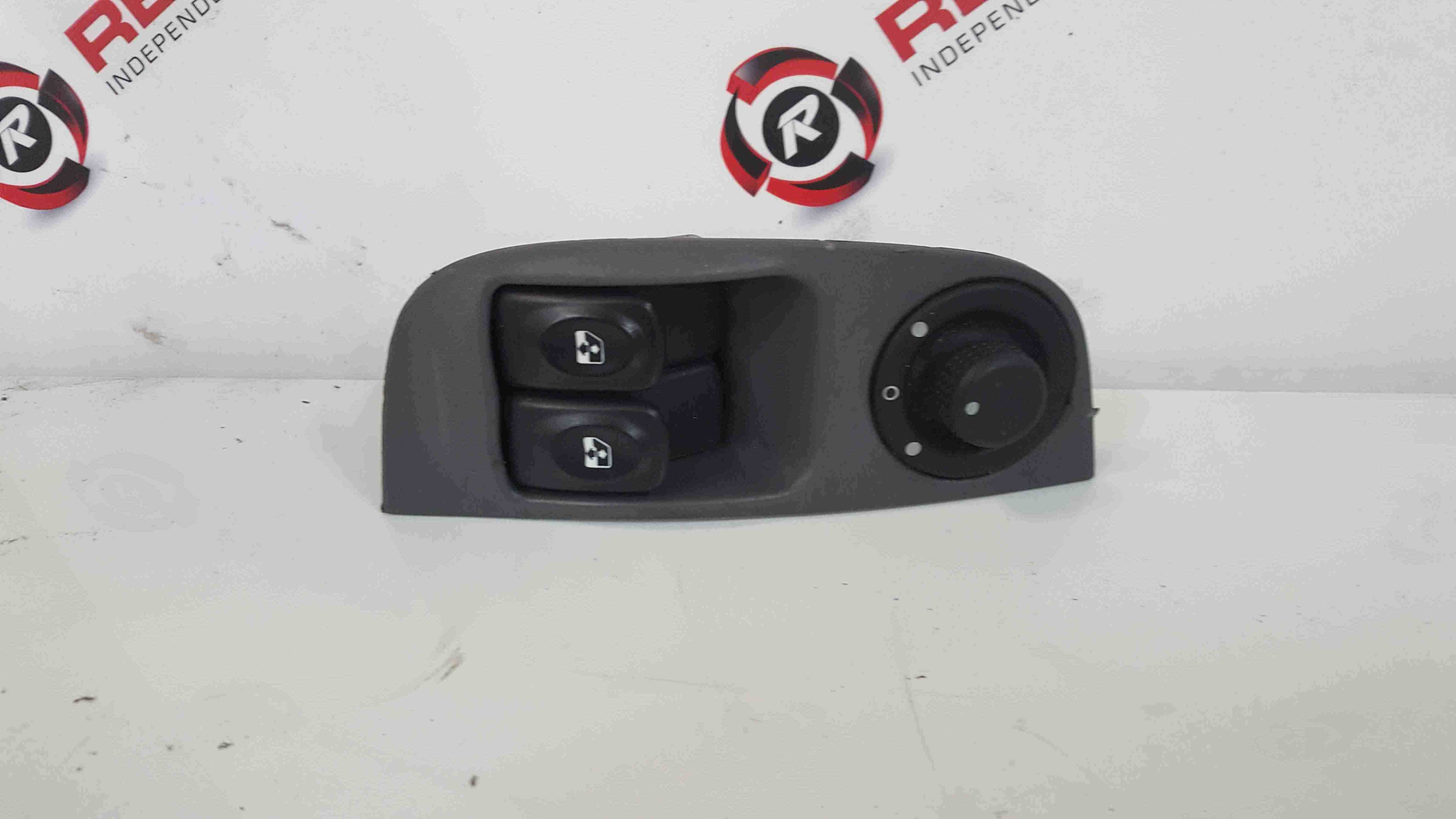 Renault Megane Convertible 1999-2002 Drivers OSF Front Window Switches Adjuster