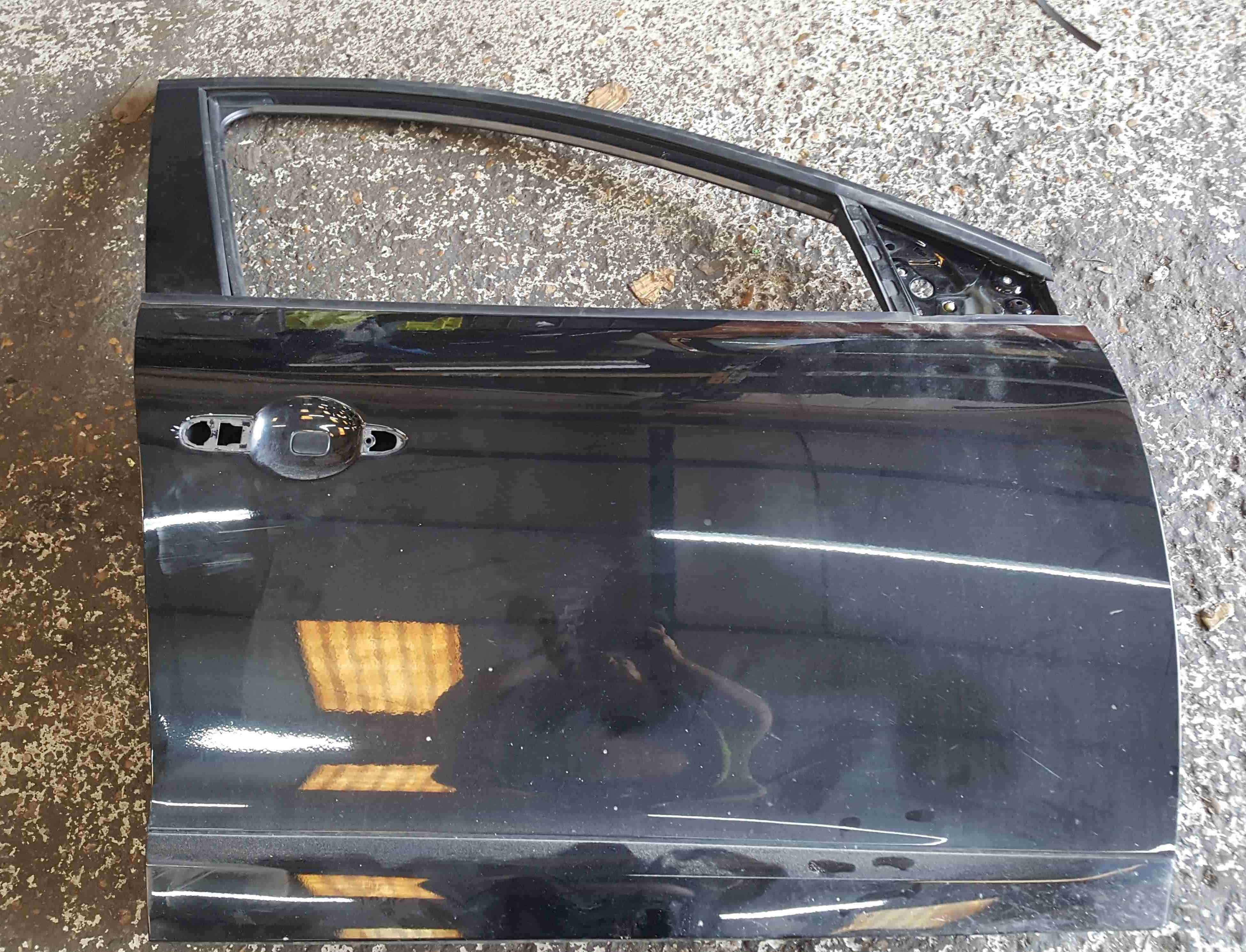 Renault Megane Estate MK3 2008-2014 Drivers OSF Front Door Black TEGNE