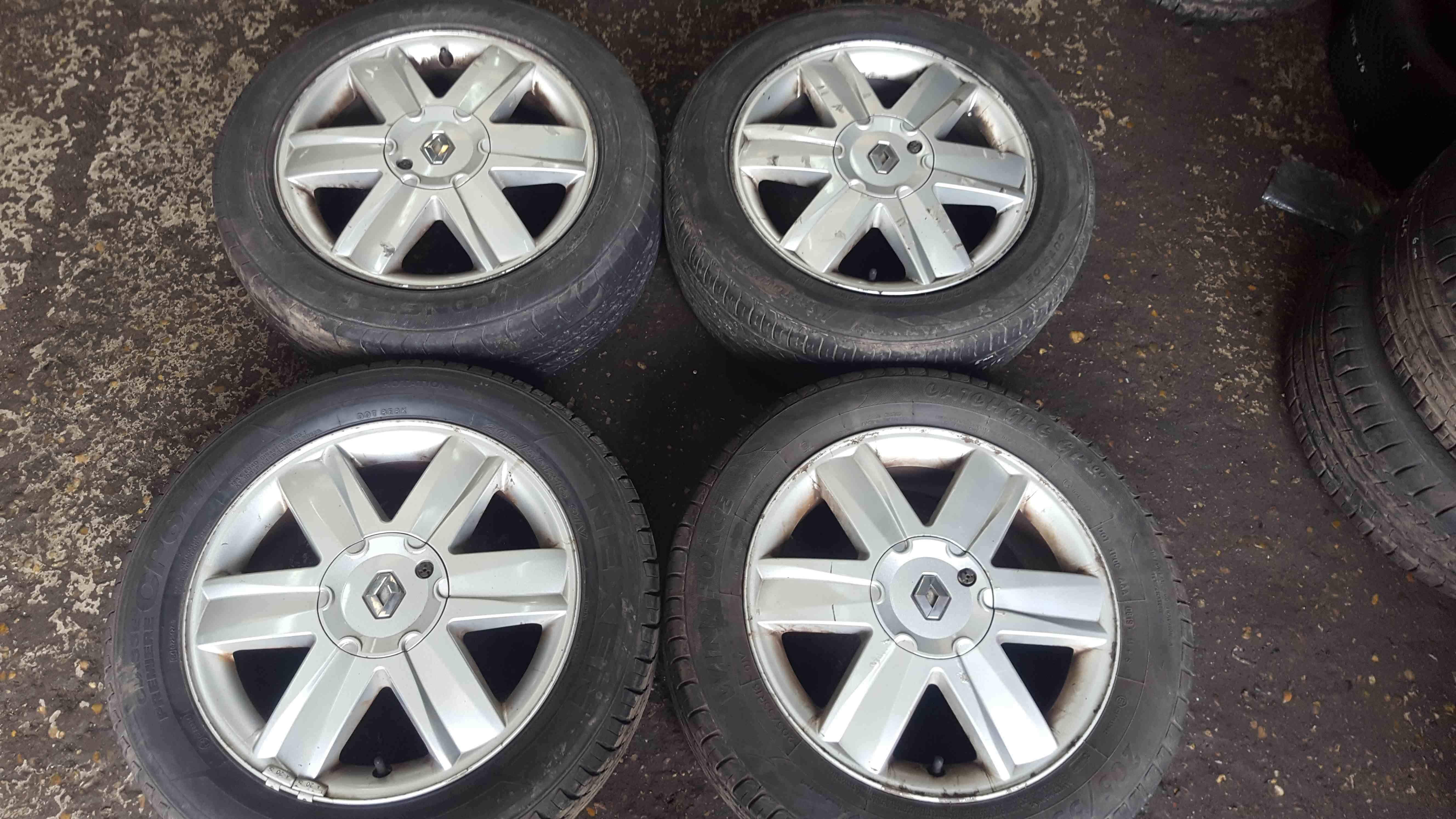 Renault Megane MK2 2002-2008 Nervastella Alloy Wheels Set X4 16inch