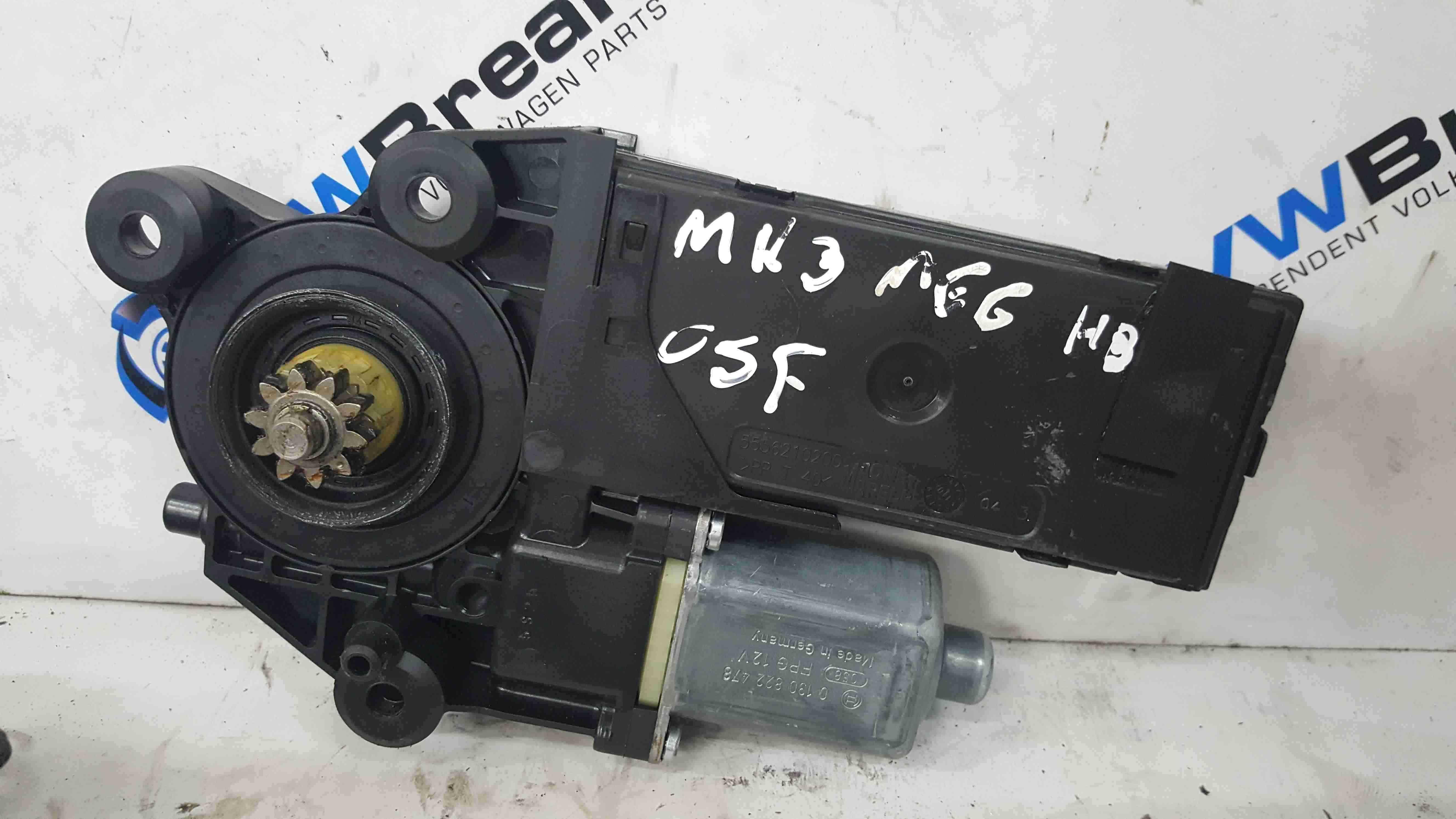 Renault Megane MK3 2008-2014 Drivers OSF Front Window Motor 807300026R