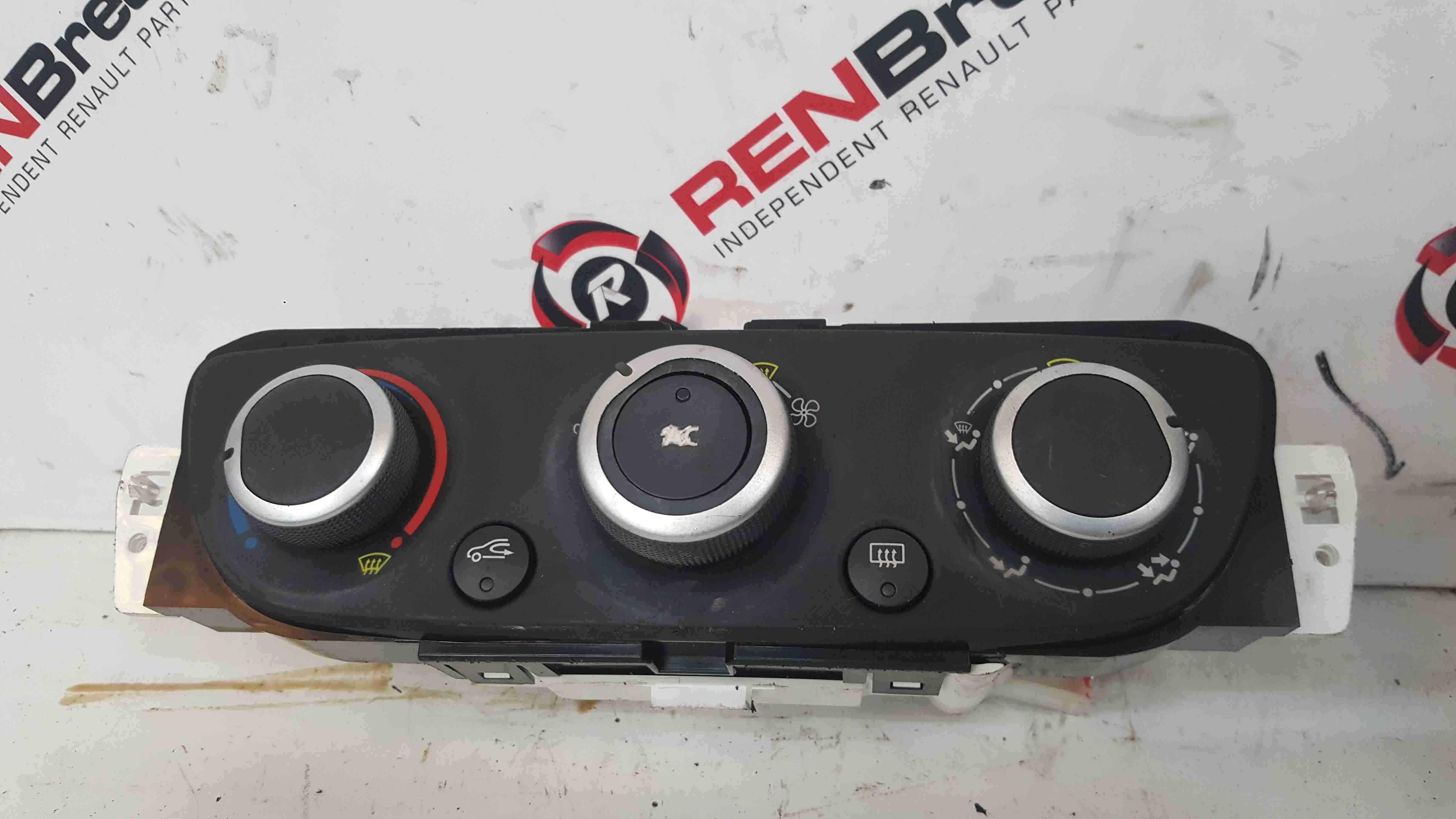 Renault Megane MK3 2008-2014 Heater Control Panel