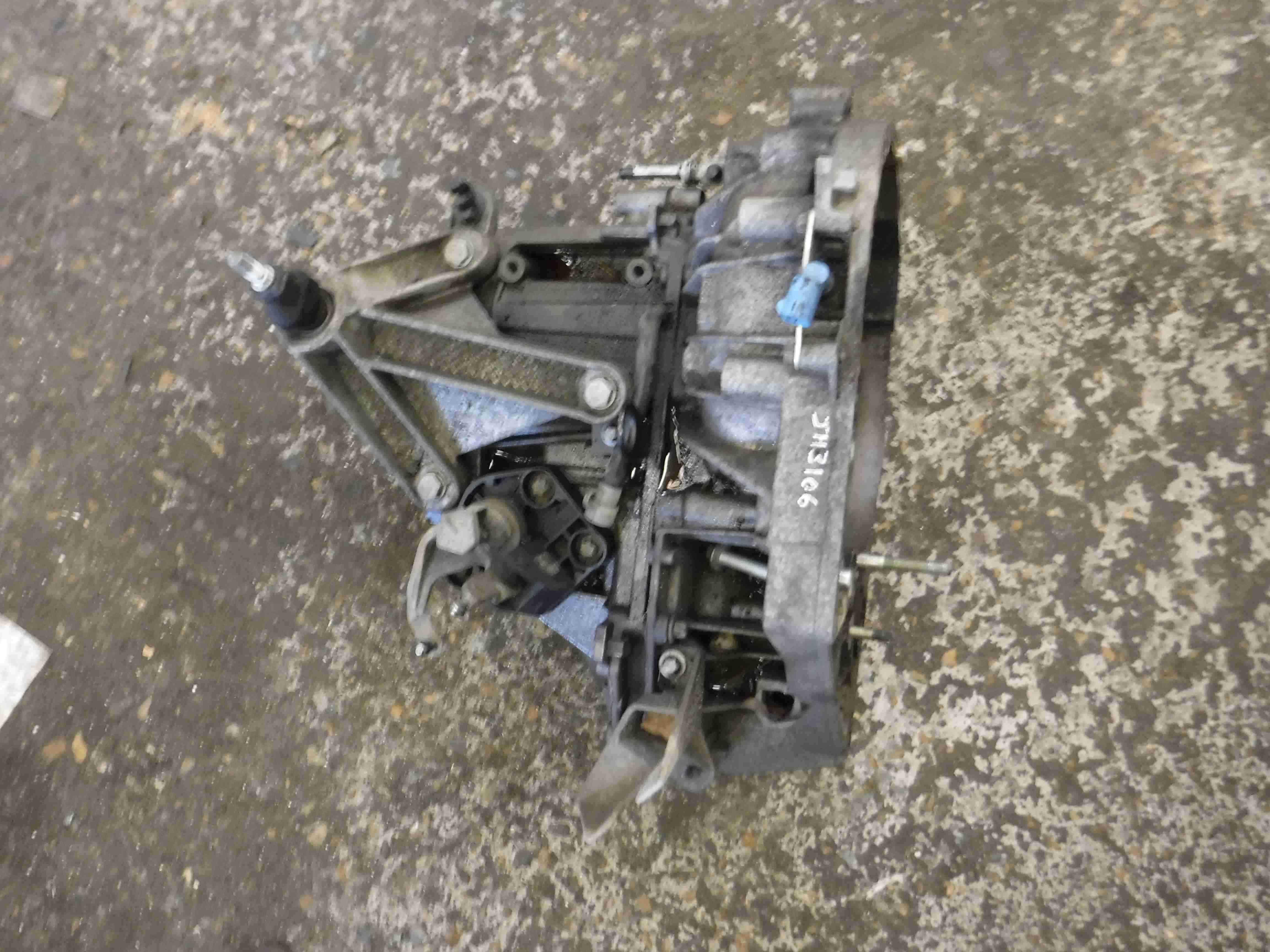 Renault Megane Scenic 2003-2009  1.4 16v Gearbox JH3 106