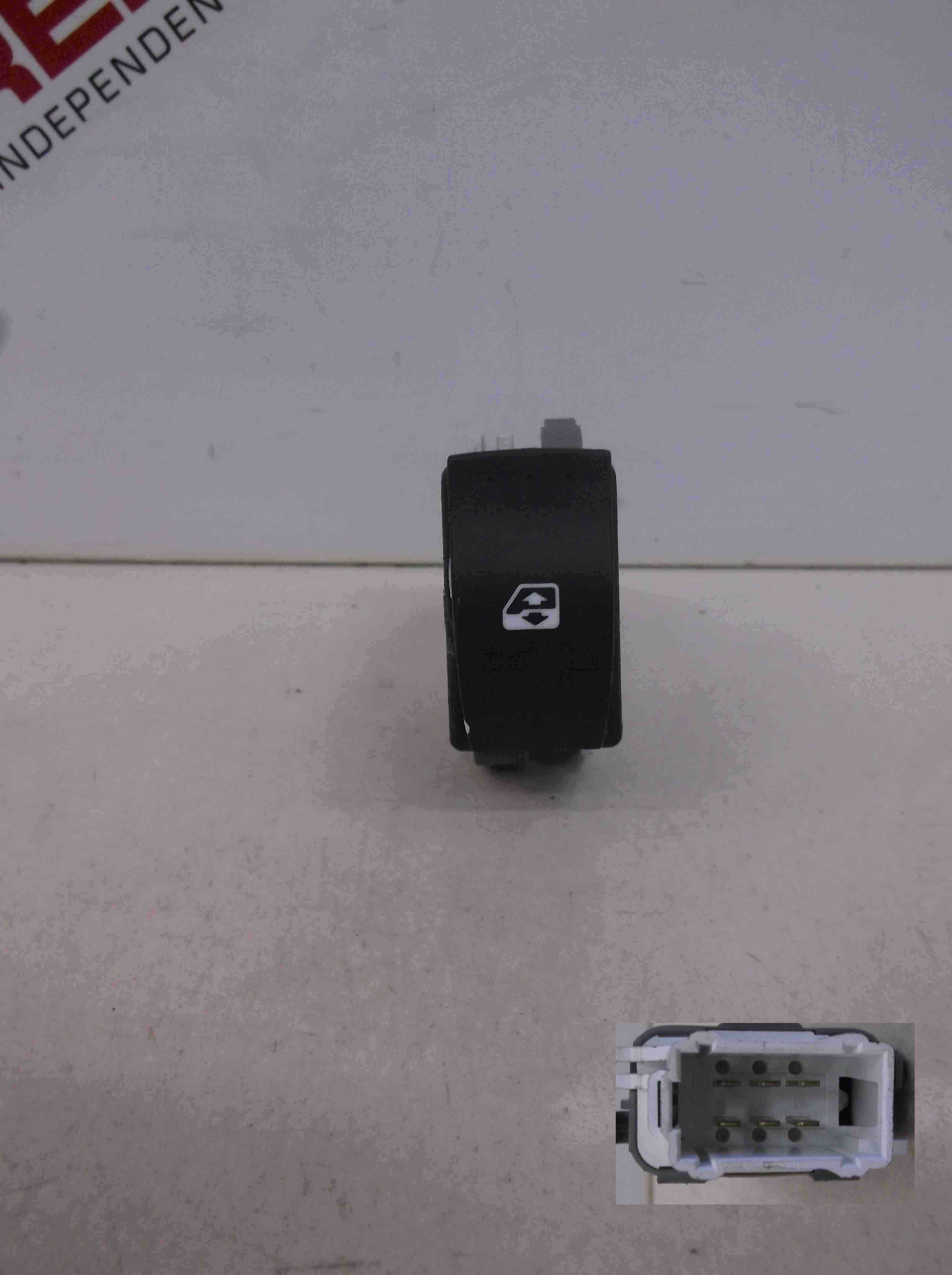 Renault Megane Scenic 2003-2009 Drivers OSR Rear Electric Window Switch