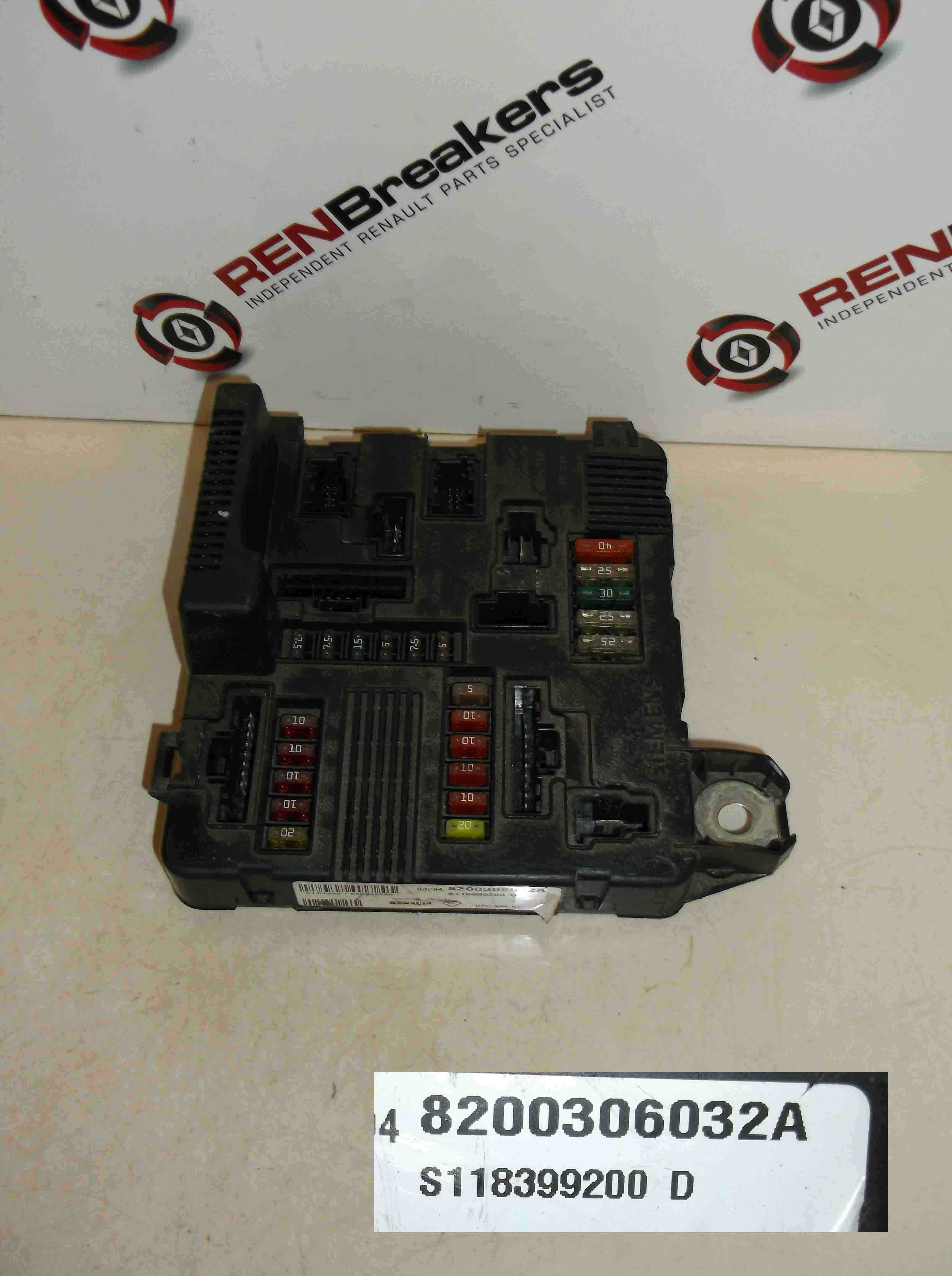 renault megane scenic 2003 2009 engine bay fuse box relay upc ebay