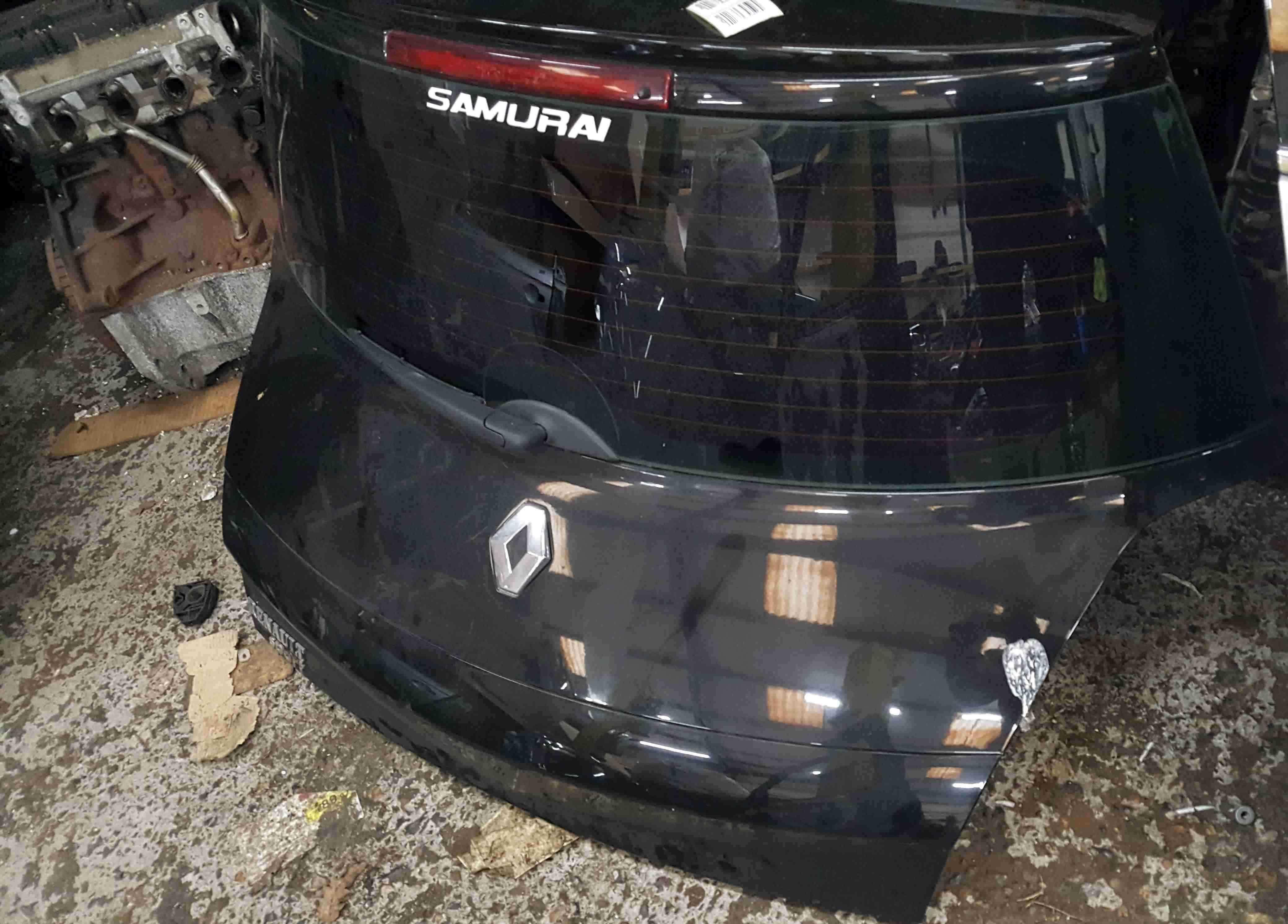 Renault Megane Sport MK2 2002-2008 225 Rear Tailgate Boot Black TE267