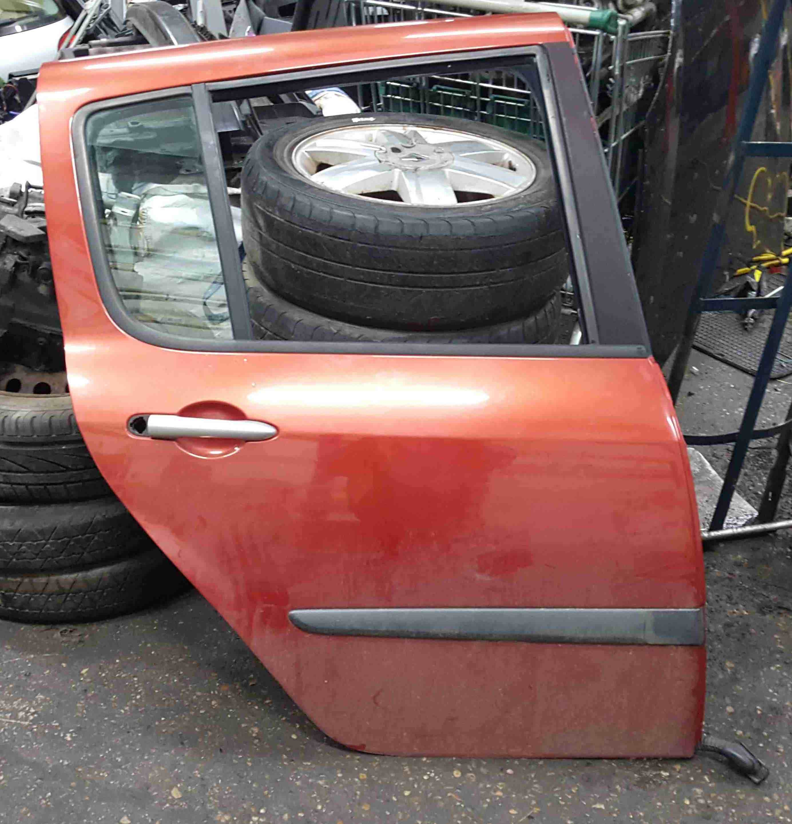 Renault Modus 2004-2008 Drivers OSR Rear Door Red TEB76