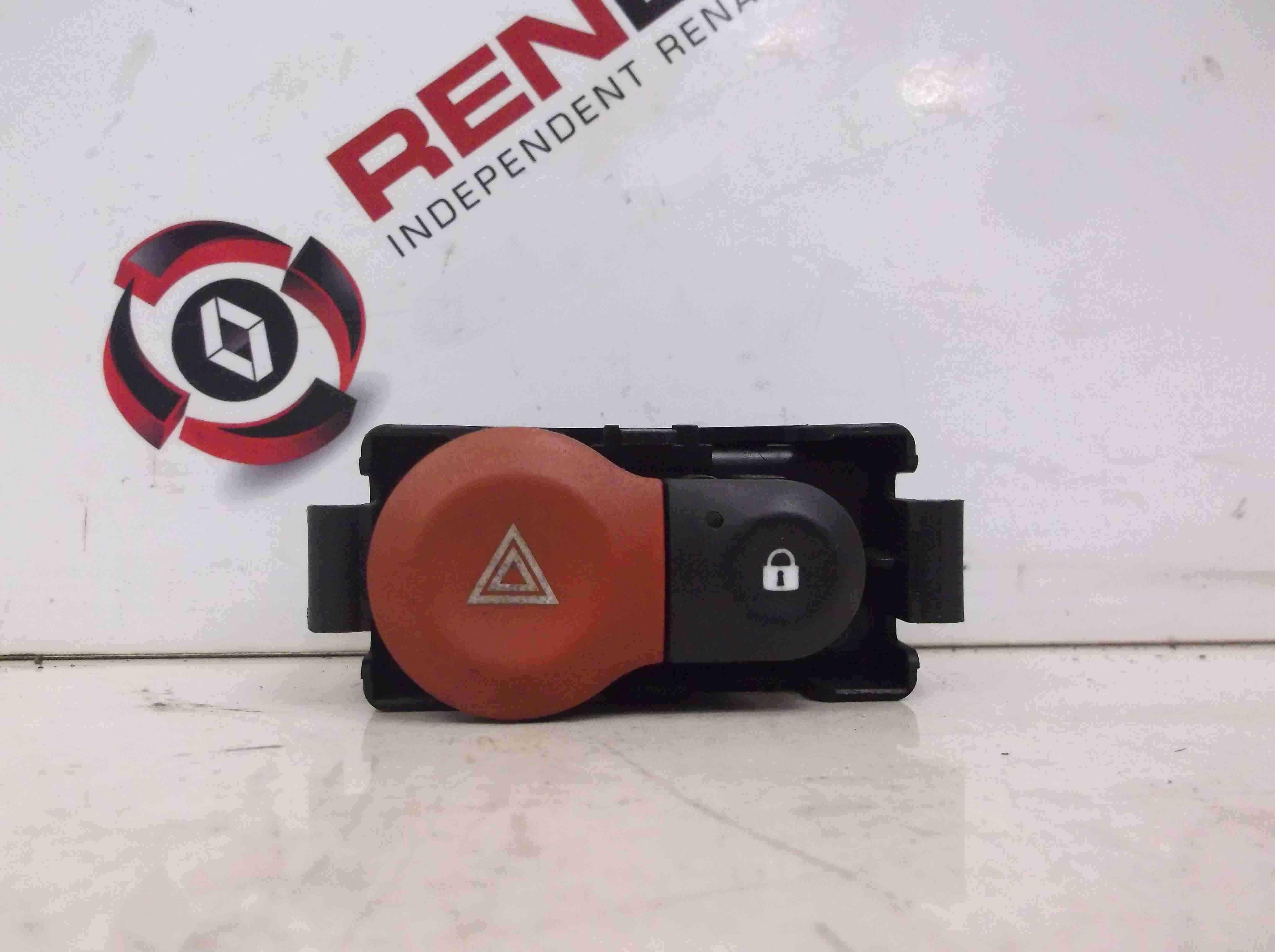 Renault Modus 2004-2008 Hazard Warning Switch Lock Button 8200214895