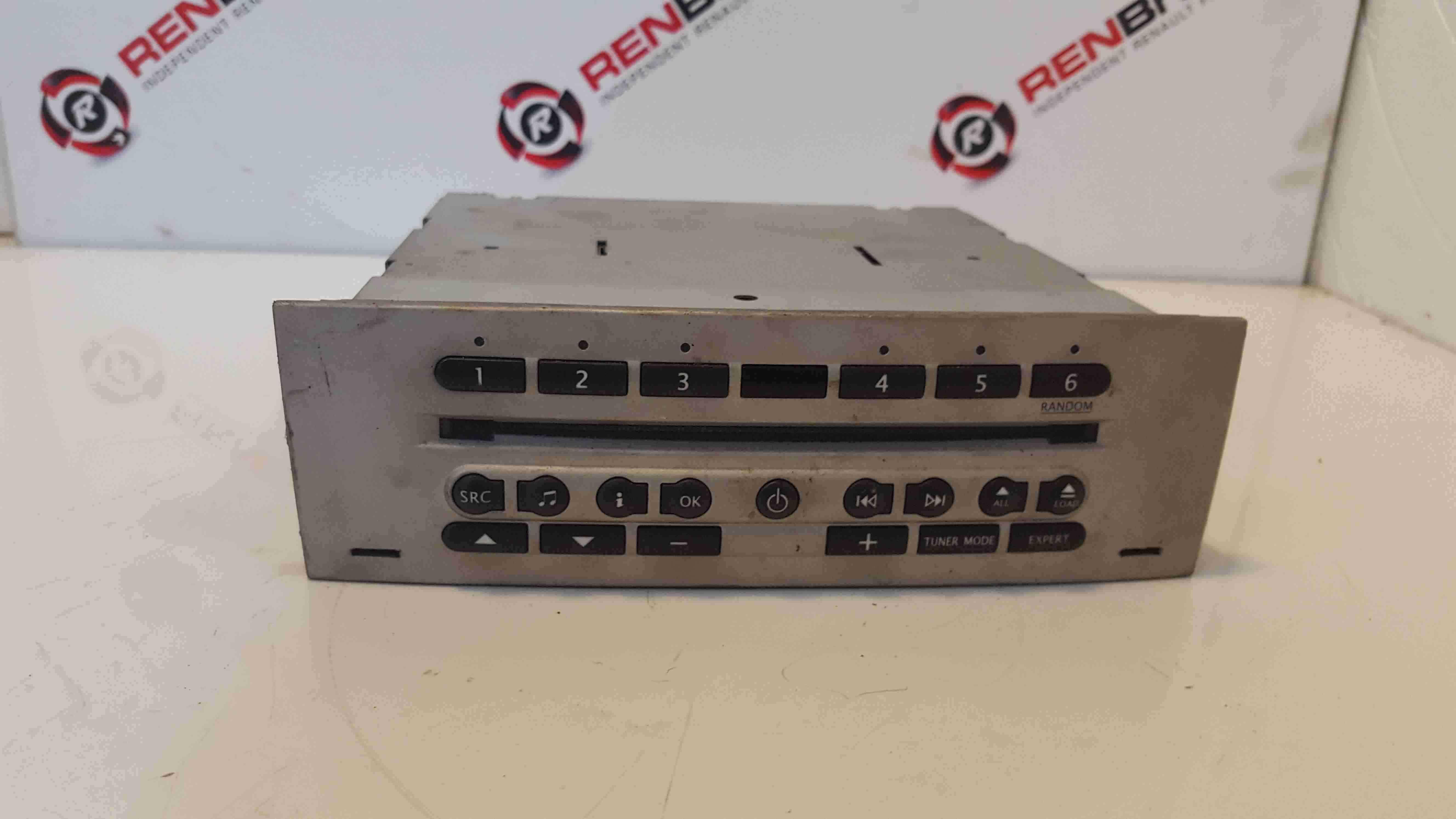 Renault Modus 2004-2008 Radio Cd Player + Code 8200357389