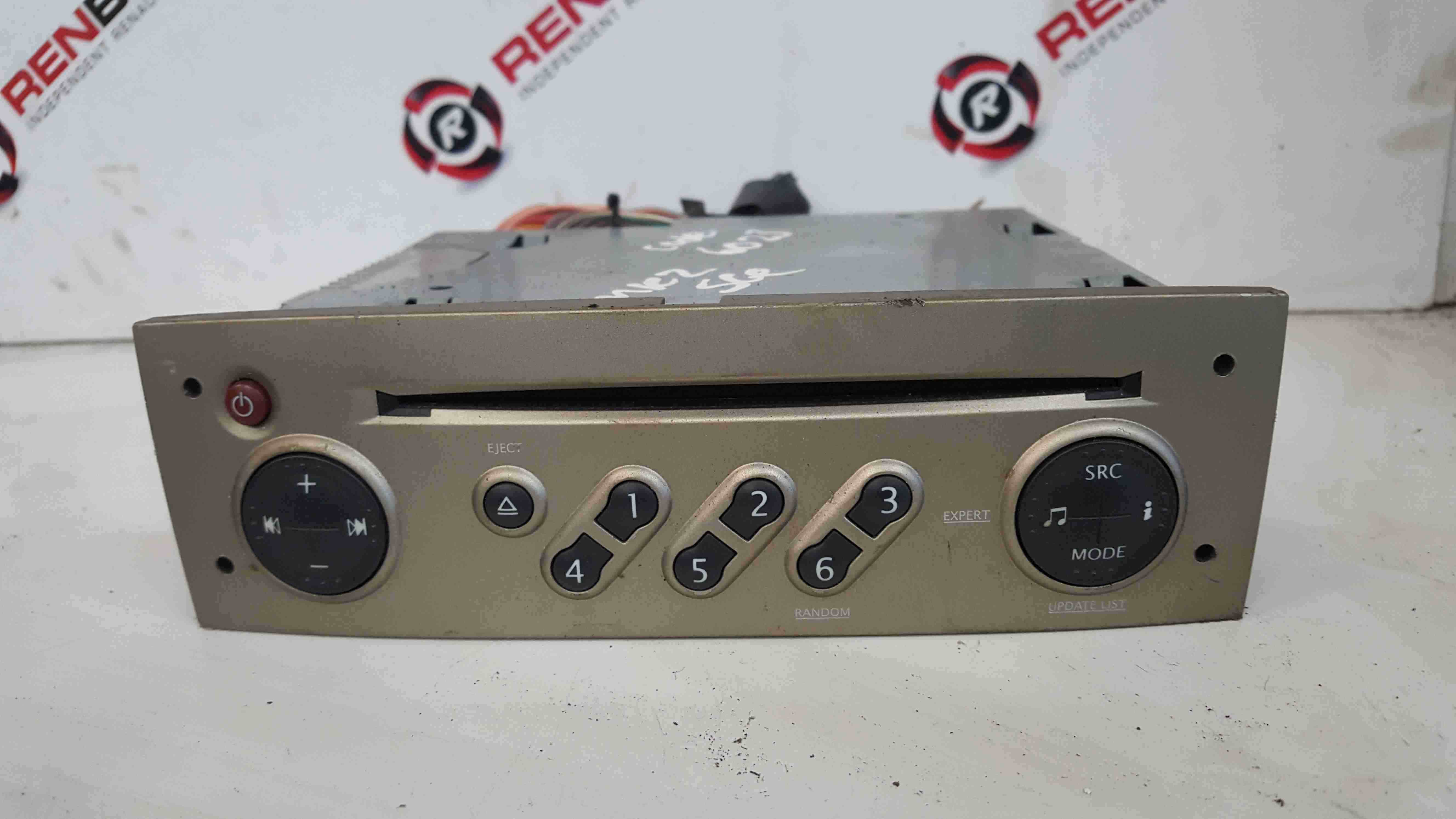 Renault Scenic MK2 2003-2009 Radio Cd Player Update List + Code Gold