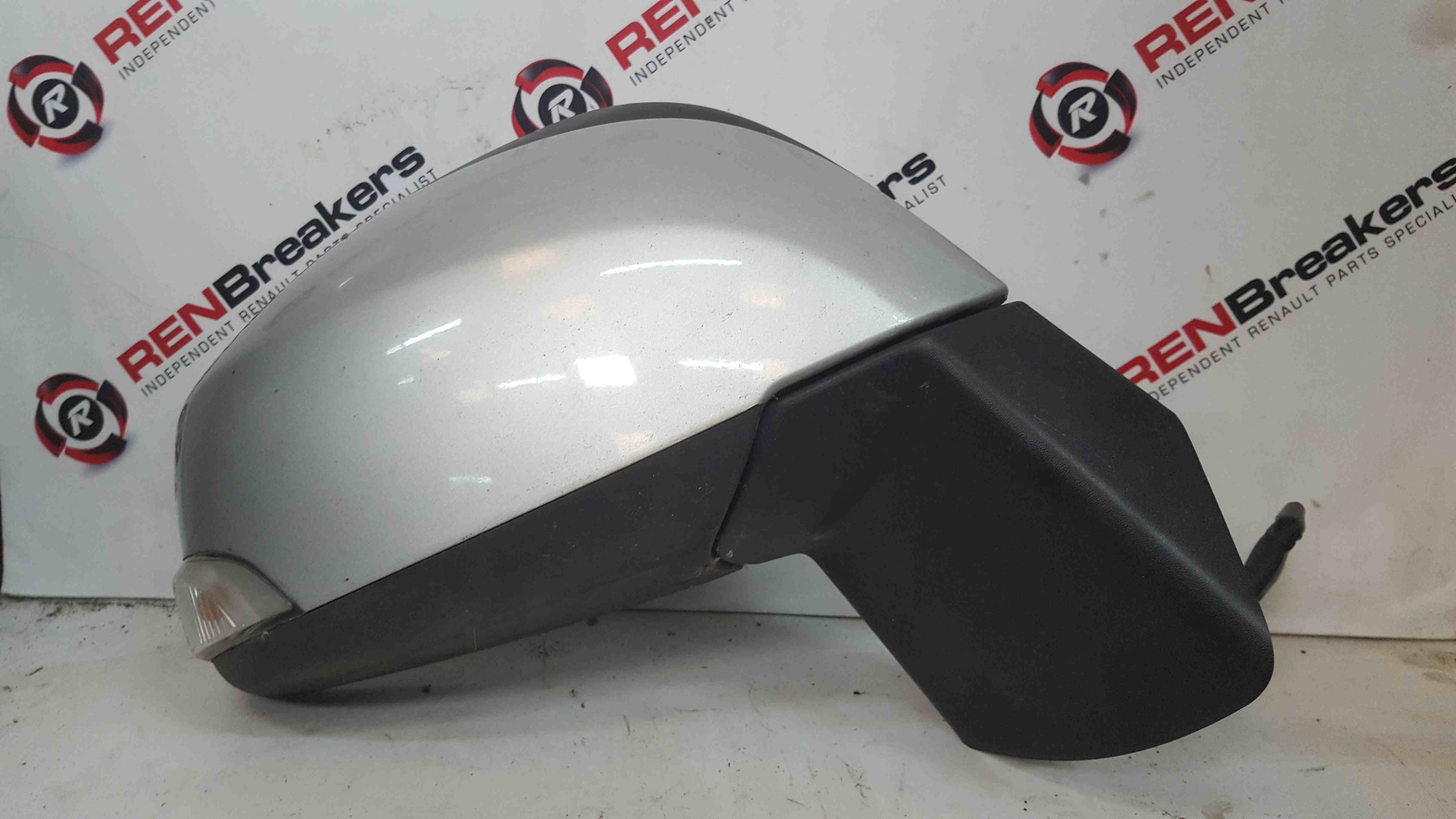 Renault Scenic MK3 2009-2016 Drivers OS Wing Mirror Silver TED69
