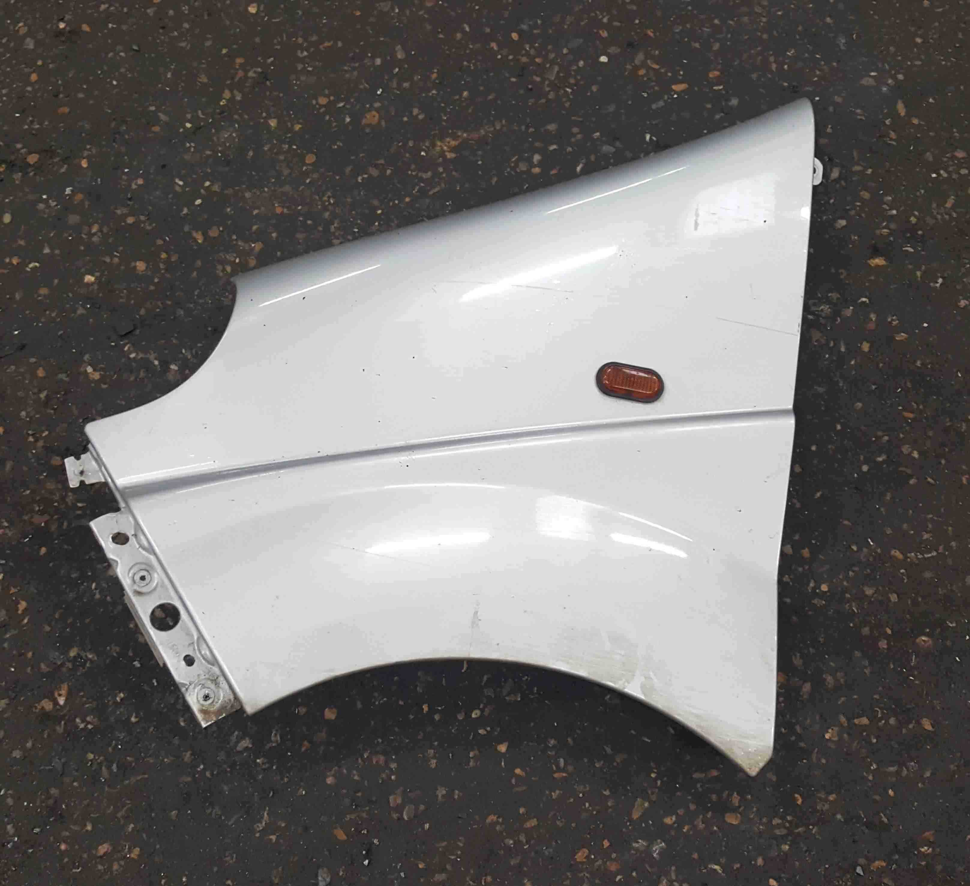 Renault Trafic 2006-2014 Passenger NS Wing Silver CMG64