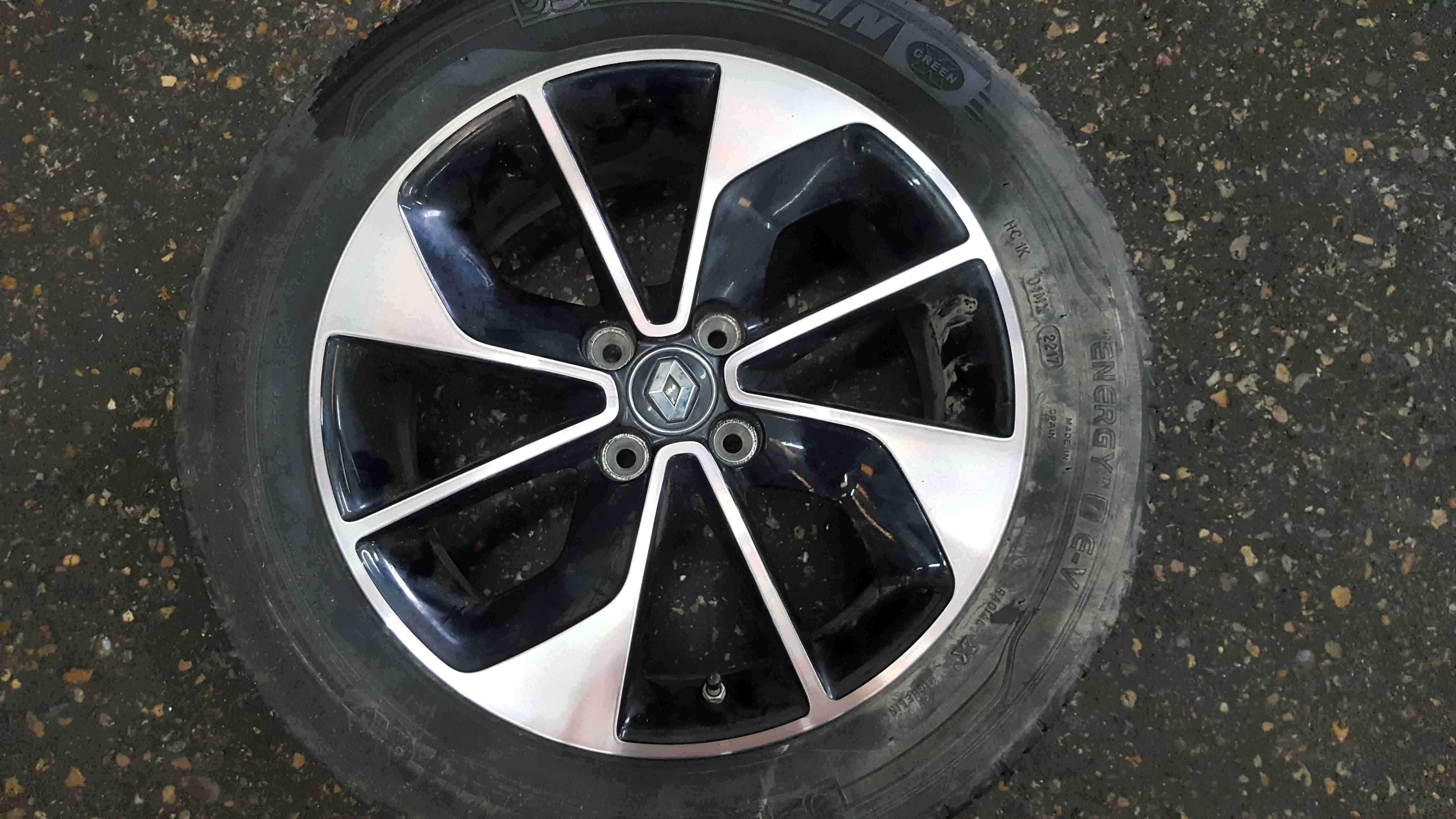Renault Zoe 2012-2016 Alloy Wheel + Tyre 195 55 16 4mm 403009927R