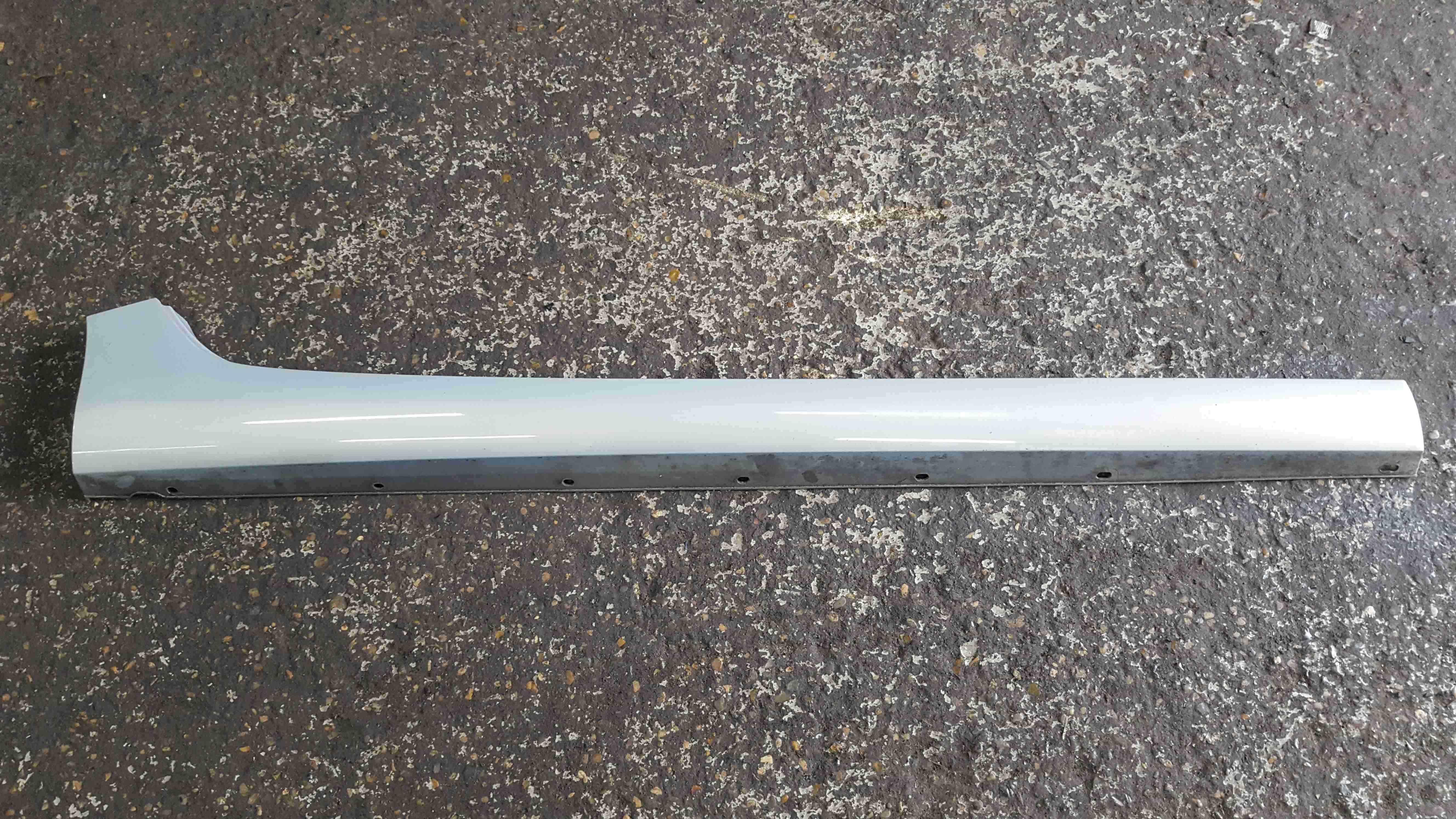 Renault Zoe 2013-2015 Drivers OSF Front Side Skirt Blue Silver TEKNU
