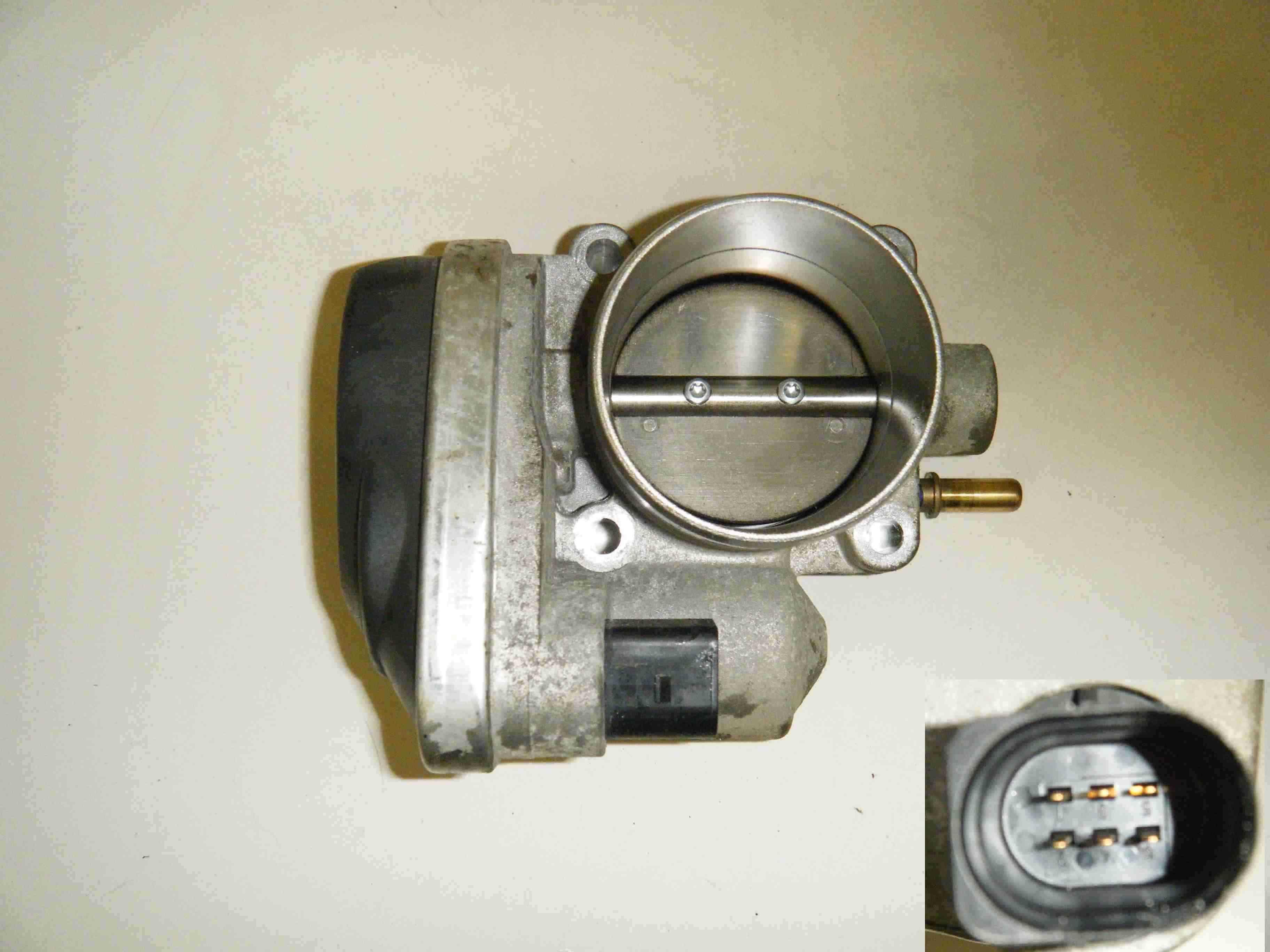 renault clio mk3 2005 2009 1 4 1 6 16v throttle body. Black Bedroom Furniture Sets. Home Design Ideas
